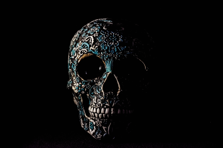 143967 Hintergrundbild herunterladen Dunkel, Patterns, Knochen, Würfel, Schädel - Bildschirmschoner und Bilder kostenlos