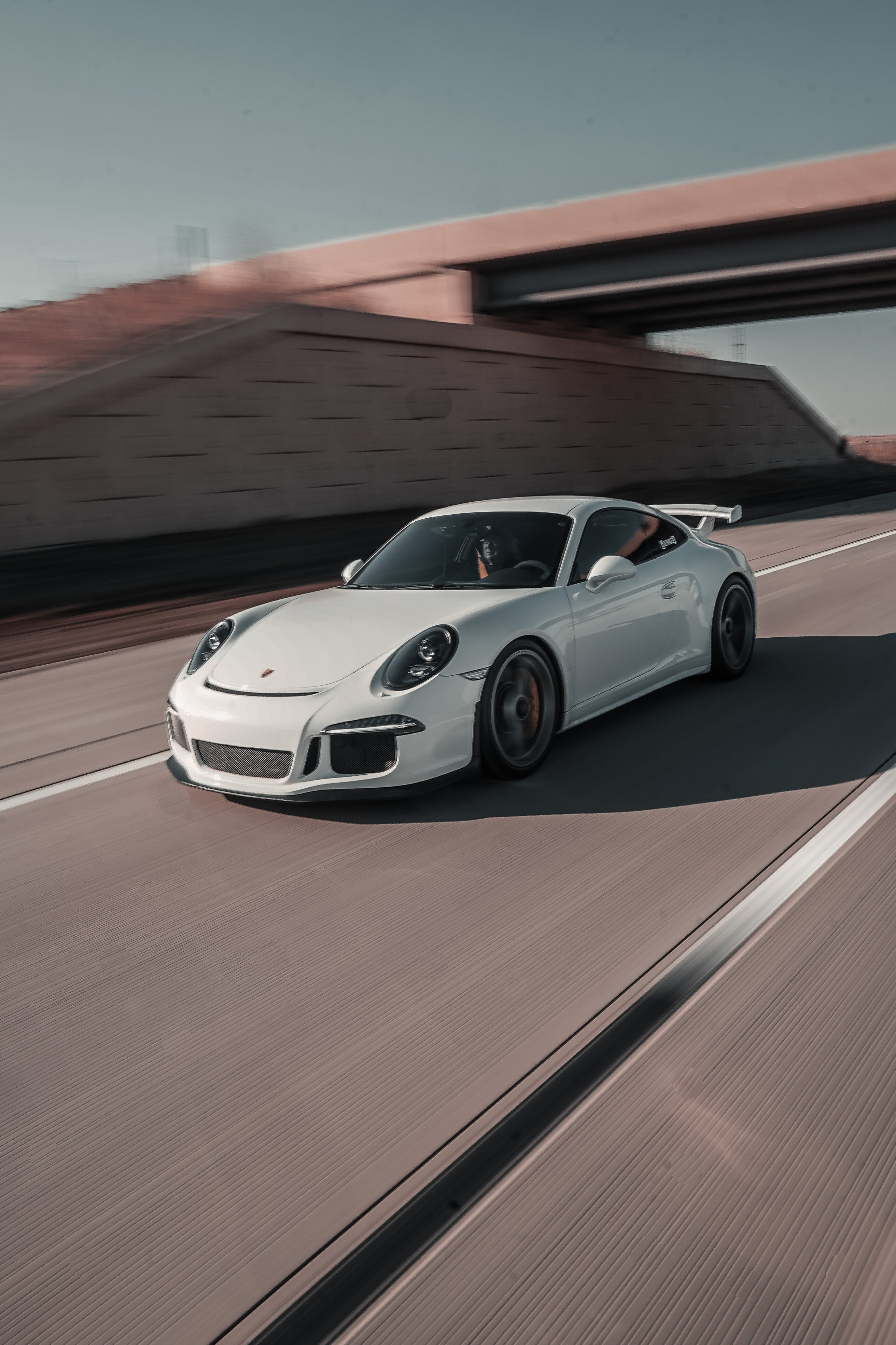 50562 Заставки и Обои Порш (Porsche) на телефон. Скачать Порш (Porsche), Тачки (Cars), Дорога, Автомобиль, Белый, Porsche 911, Скорость картинки бесплатно