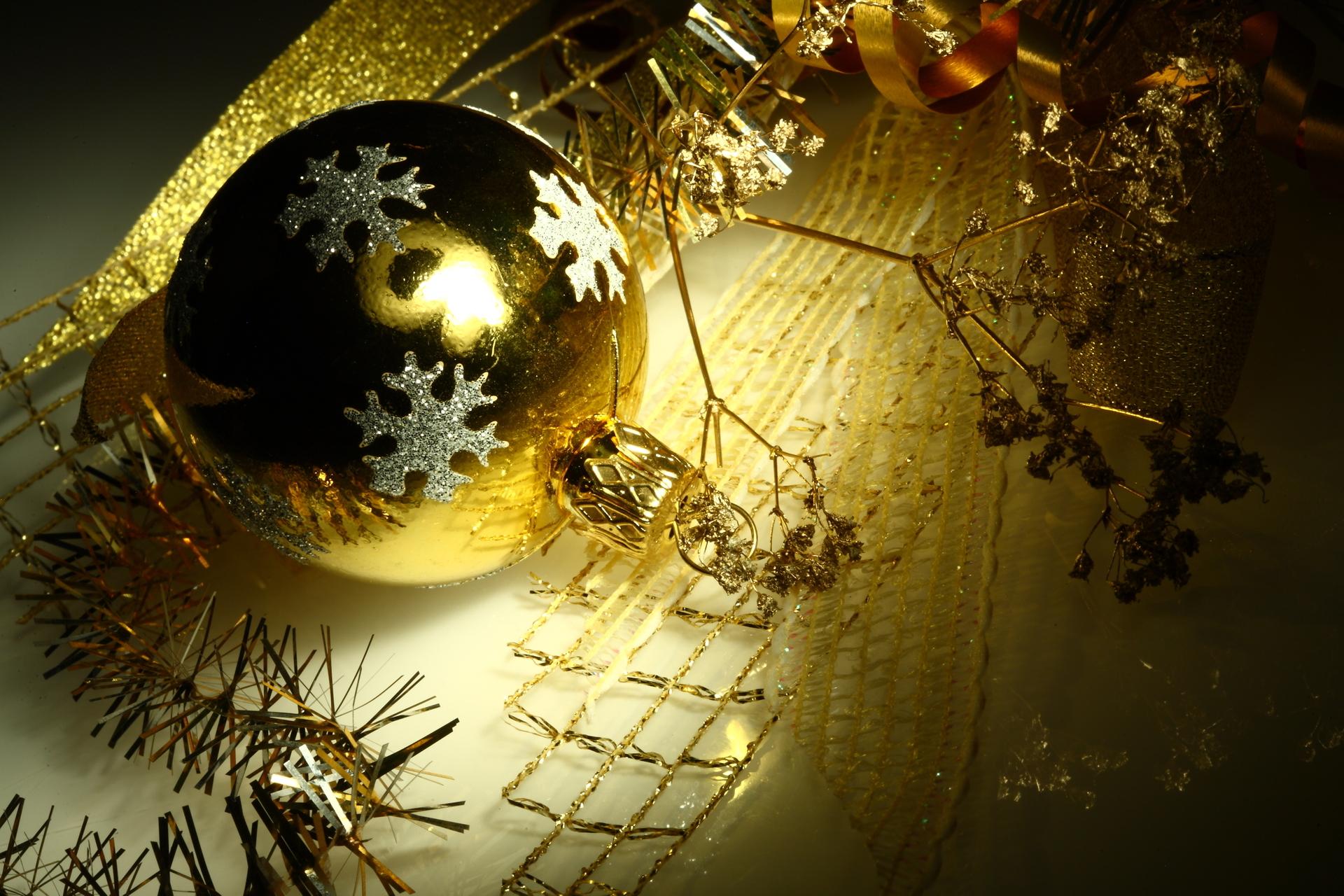14002 скачать обои Праздники, Новый Год (New Year), Игрушки, Рождество (Christmas, Xmas) - заставки и картинки бесплатно