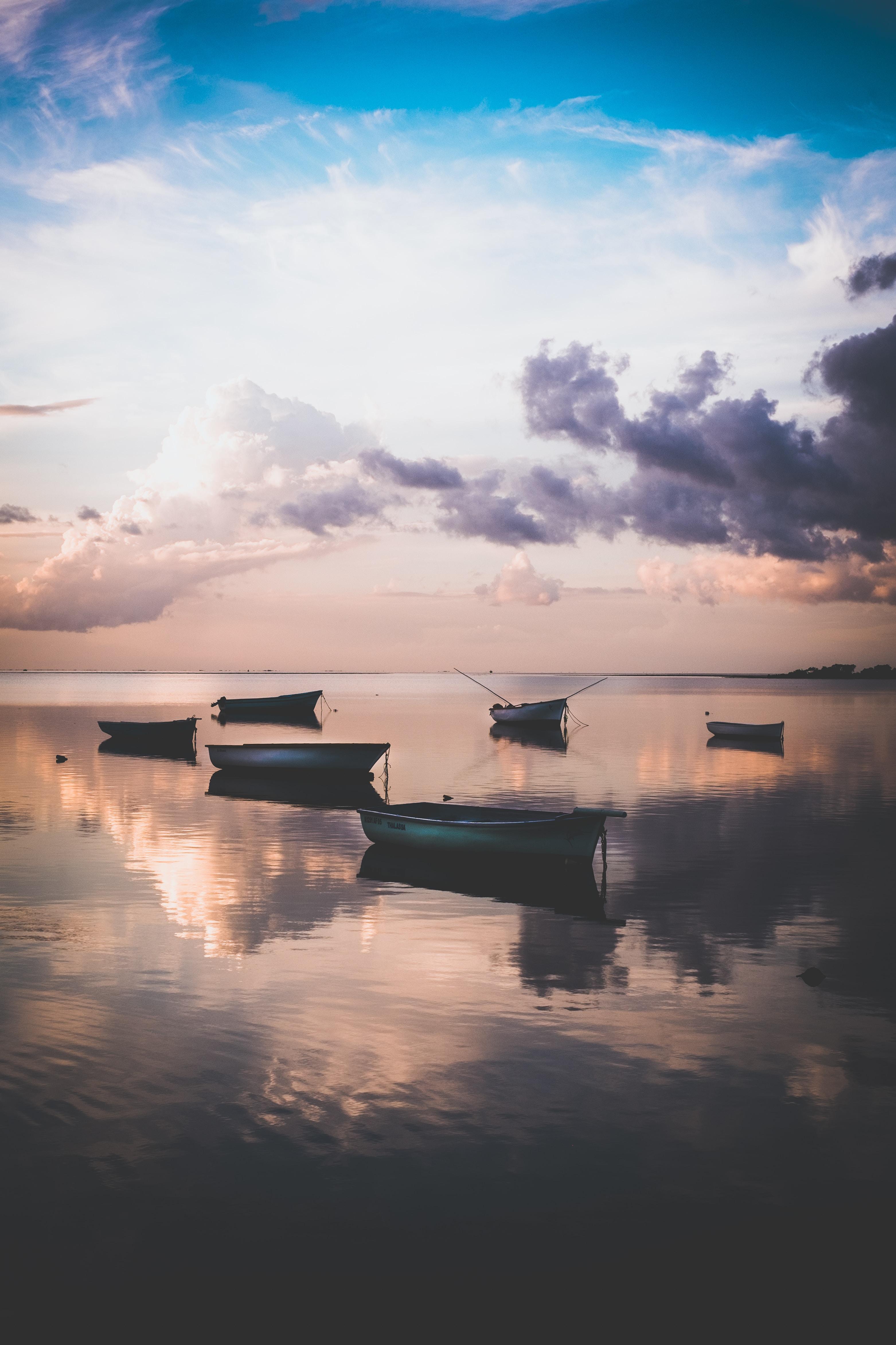 73734 Заставки и Обои Лодки на телефон. Скачать Природа, Лодки, Вода, Закат, Сумерки, Берег картинки бесплатно
