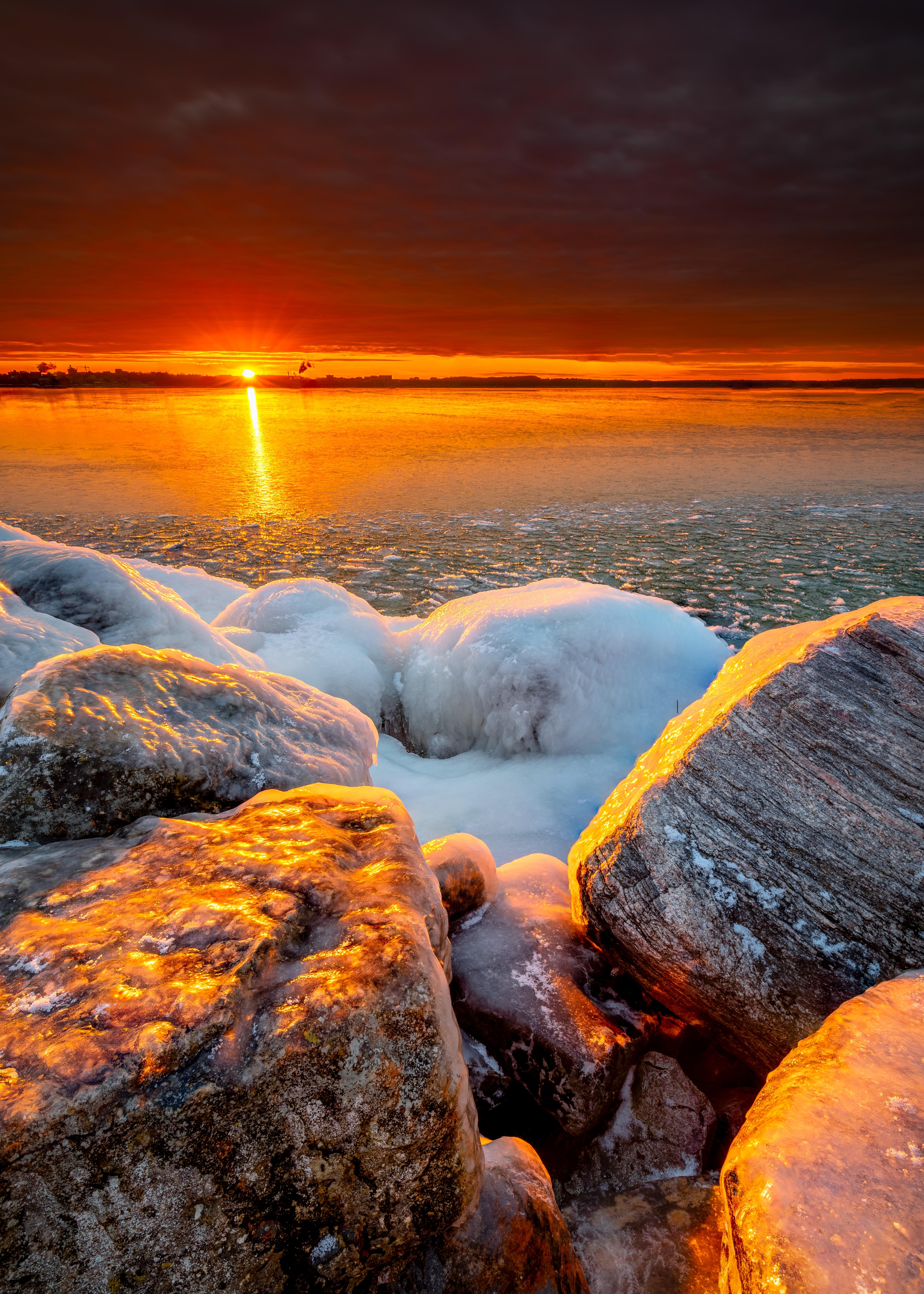 53318 Заставки и Обои Лед на телефон. Скачать Лед, Природа, Закат, Камни, Море, Берег картинки бесплатно