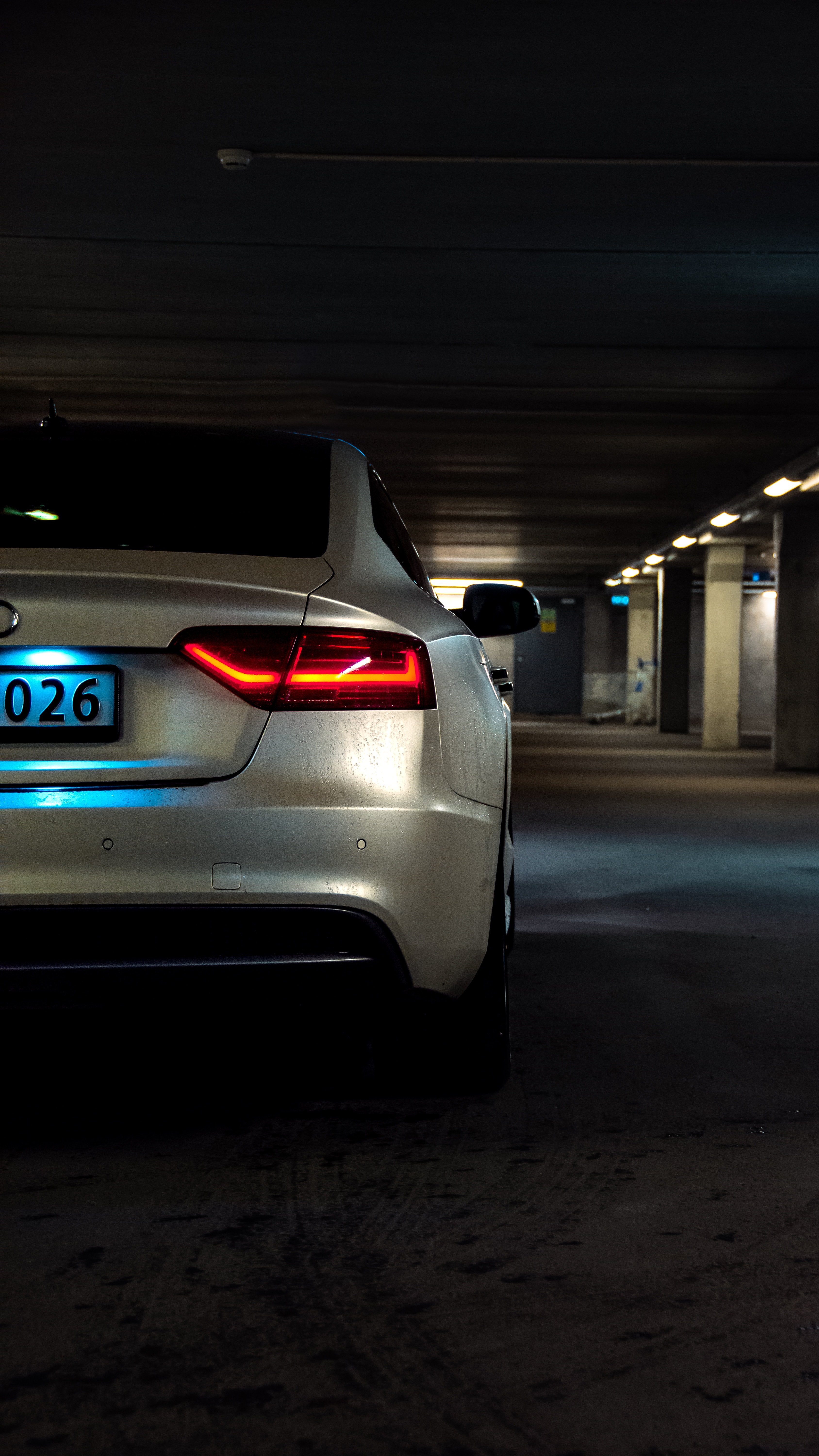 74202 download wallpaper Audi, Cars, Shine, Light, Back View, Rear View, Headlight, Audi A5 screensavers and pictures for free