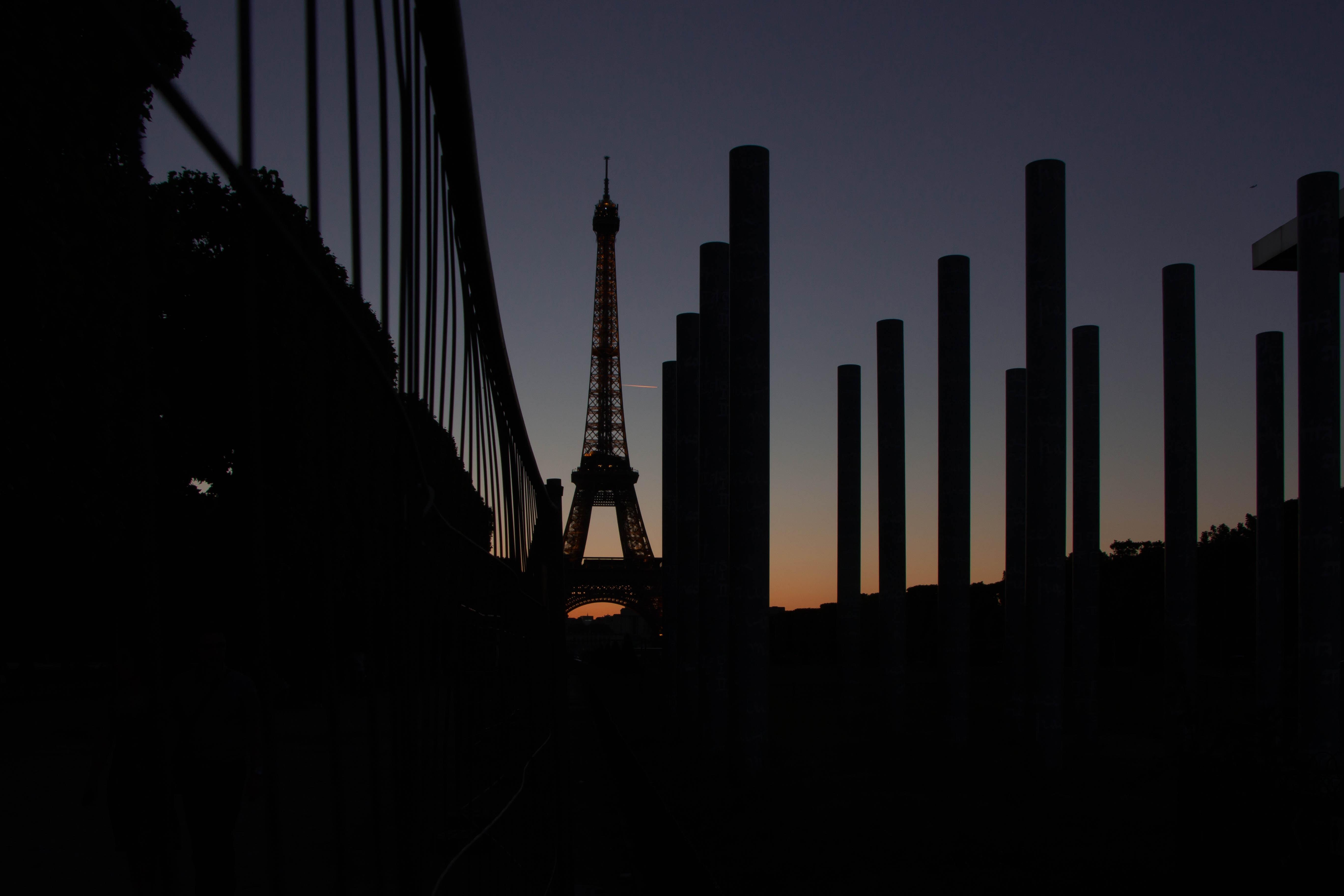 71534 télécharger le fond d'écran Paris, Nuit, Villes, Tour Eiffel - économiseurs d'écran et images gratuitement