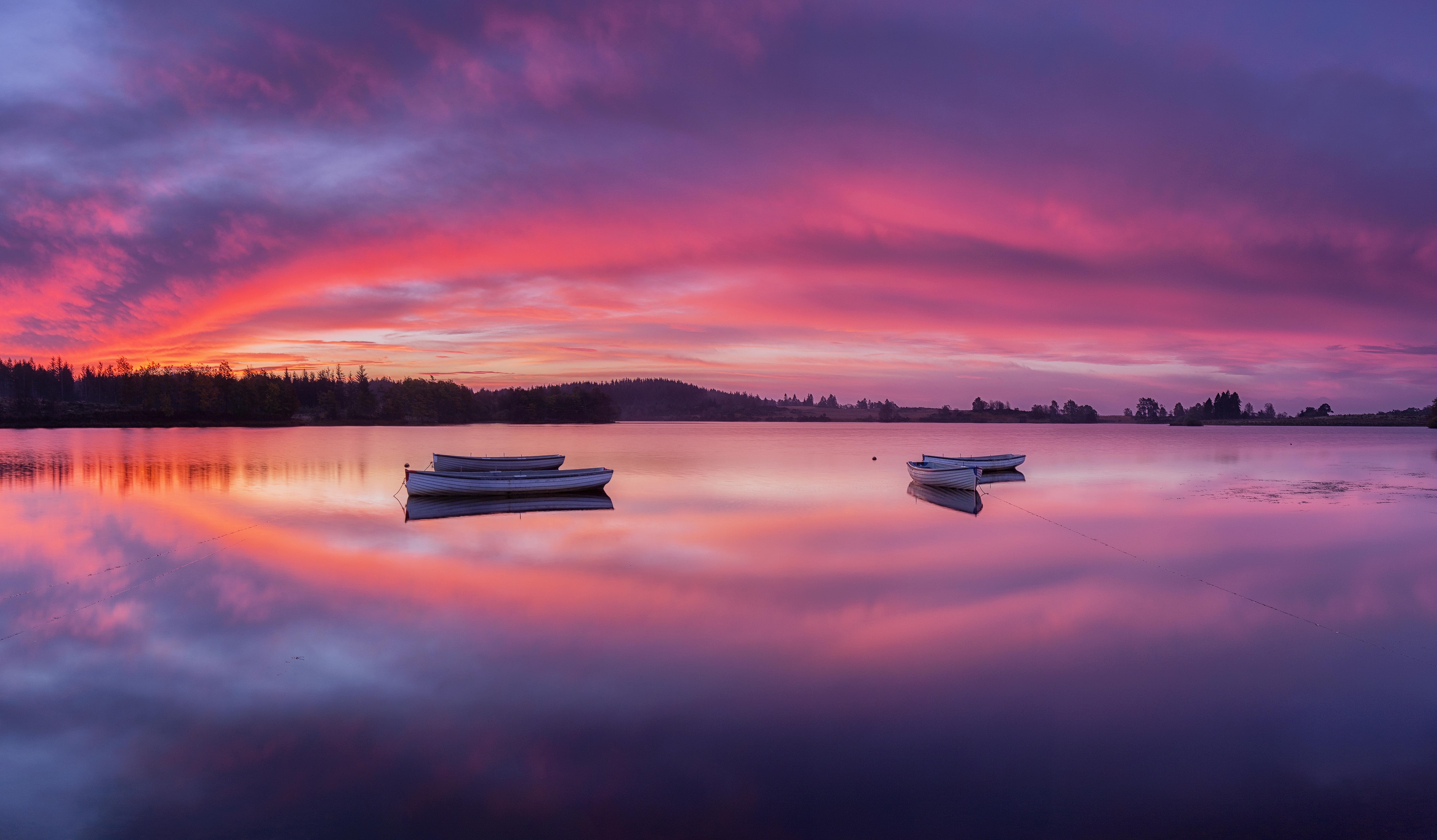 99152 Заставки и Обои Лодки на телефон. Скачать Природа, Озеро, Лодки, Рассвет, Шотландия, Лох-Ломонд, Троссахс картинки бесплатно