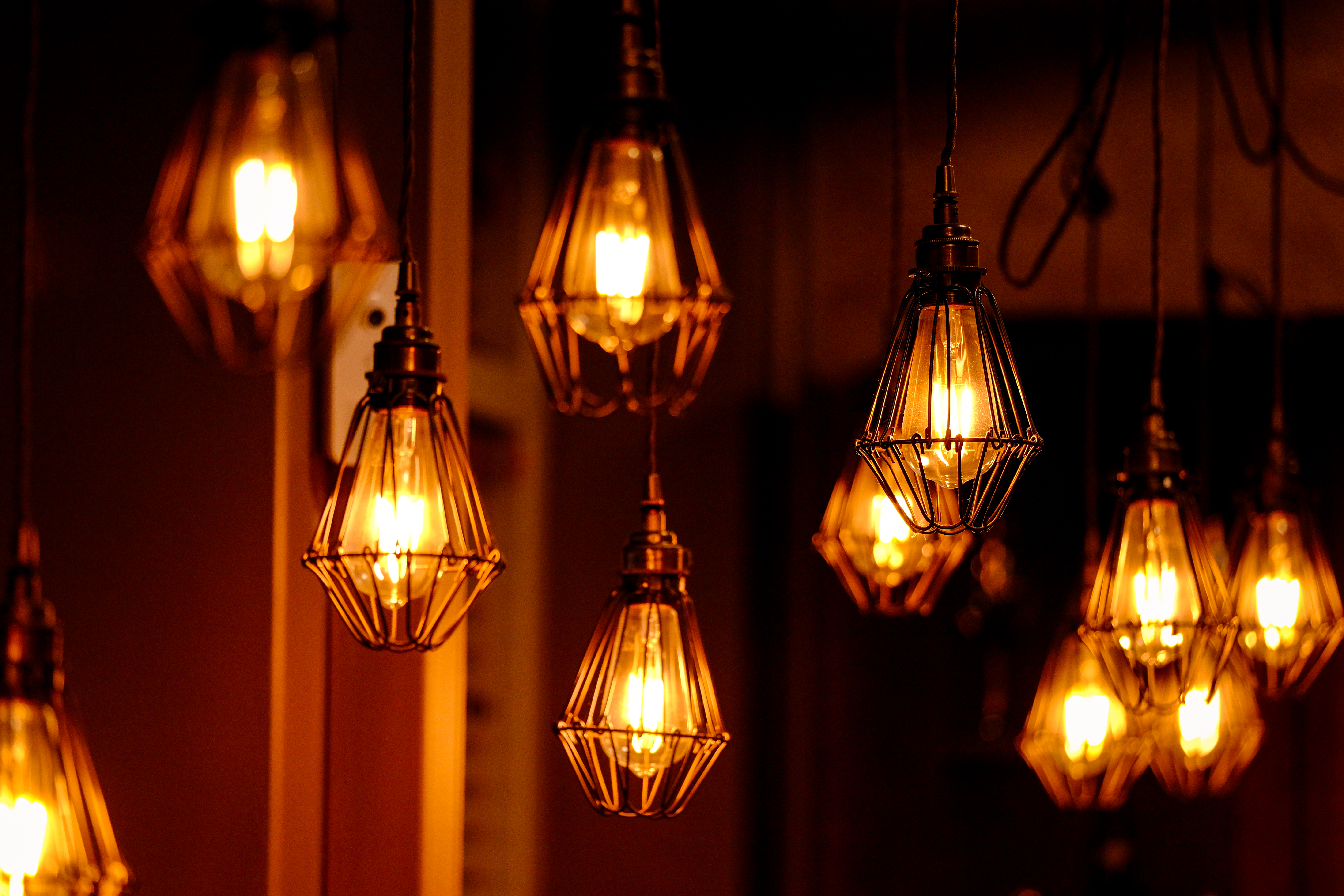 114421 download wallpaper Miscellanea, Miscellaneous, Lanterns, Lights, Light Bulbs, Lighting, Illumination, Shine, Light screensavers and pictures for free