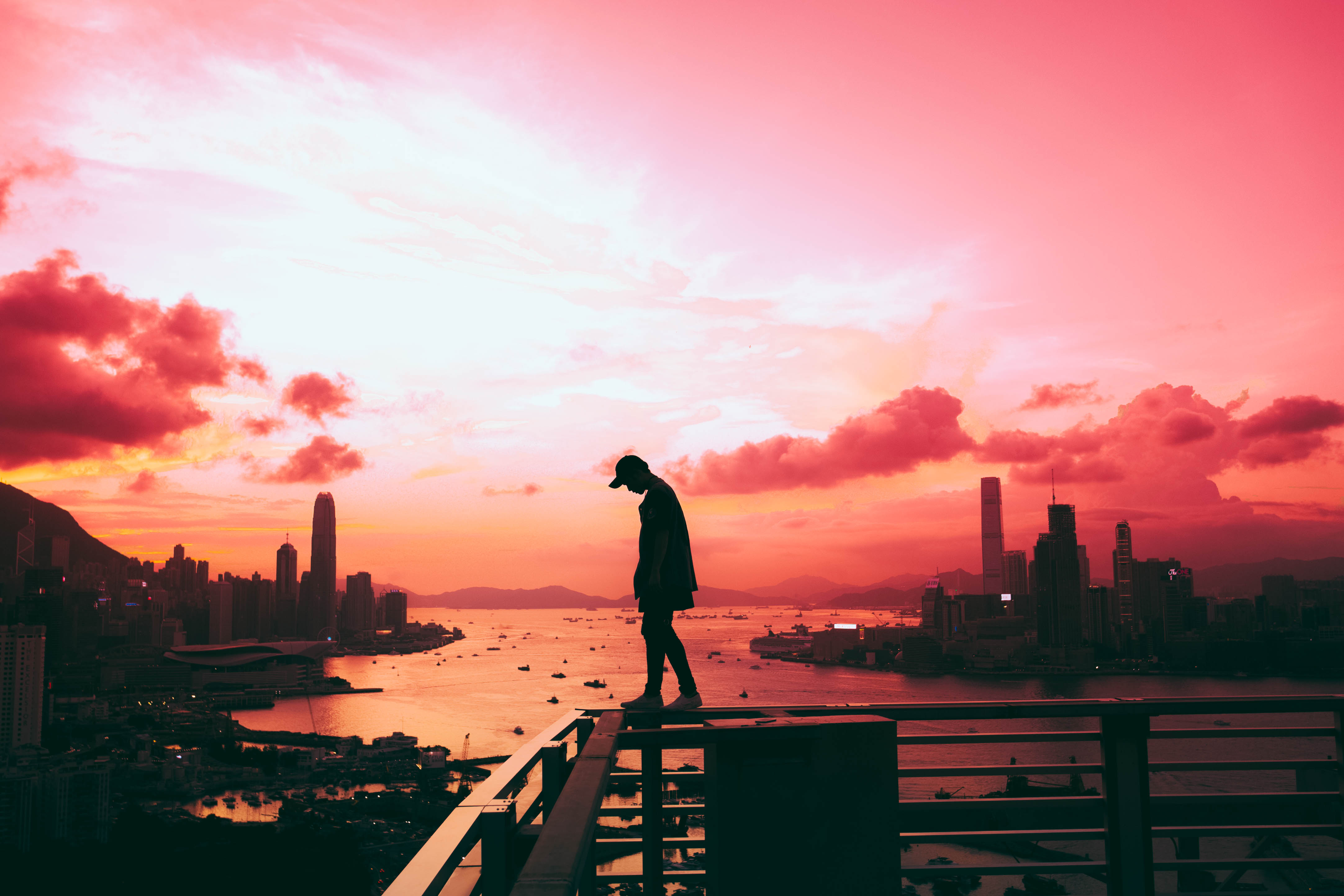86426 Screensavers and Wallpapers Human for phone. Download Nature, Sunset, Sky, City, Human, Person pictures for free