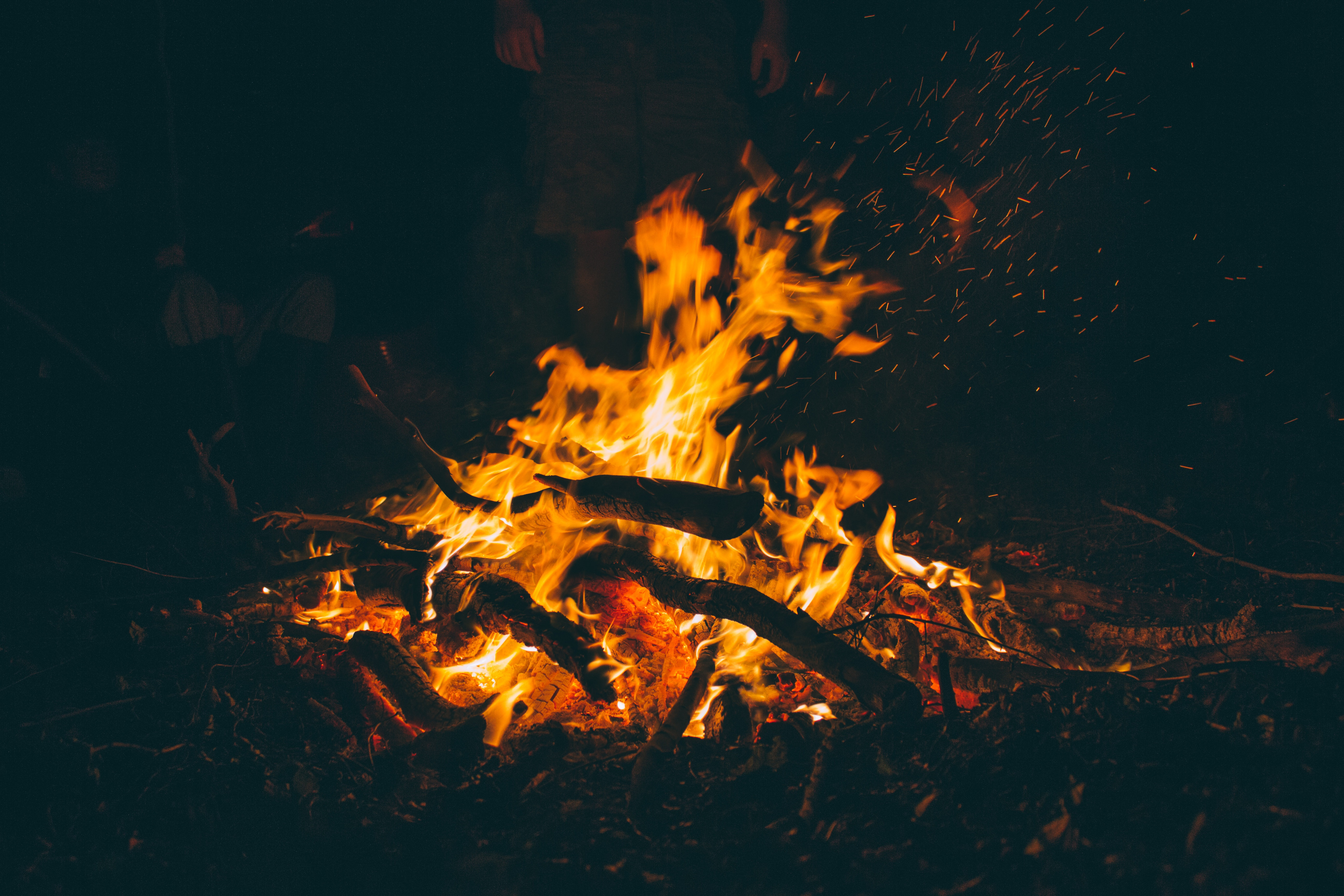 83114 Screensavers and Wallpapers Bonfire for phone. Download Fire, Bonfire, Dark, Firewood, Ash pictures for free