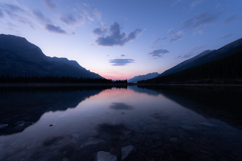 149126 скачать обои Природа, Озеро, Холмы, Камни, Закат - заставки и картинки бесплатно