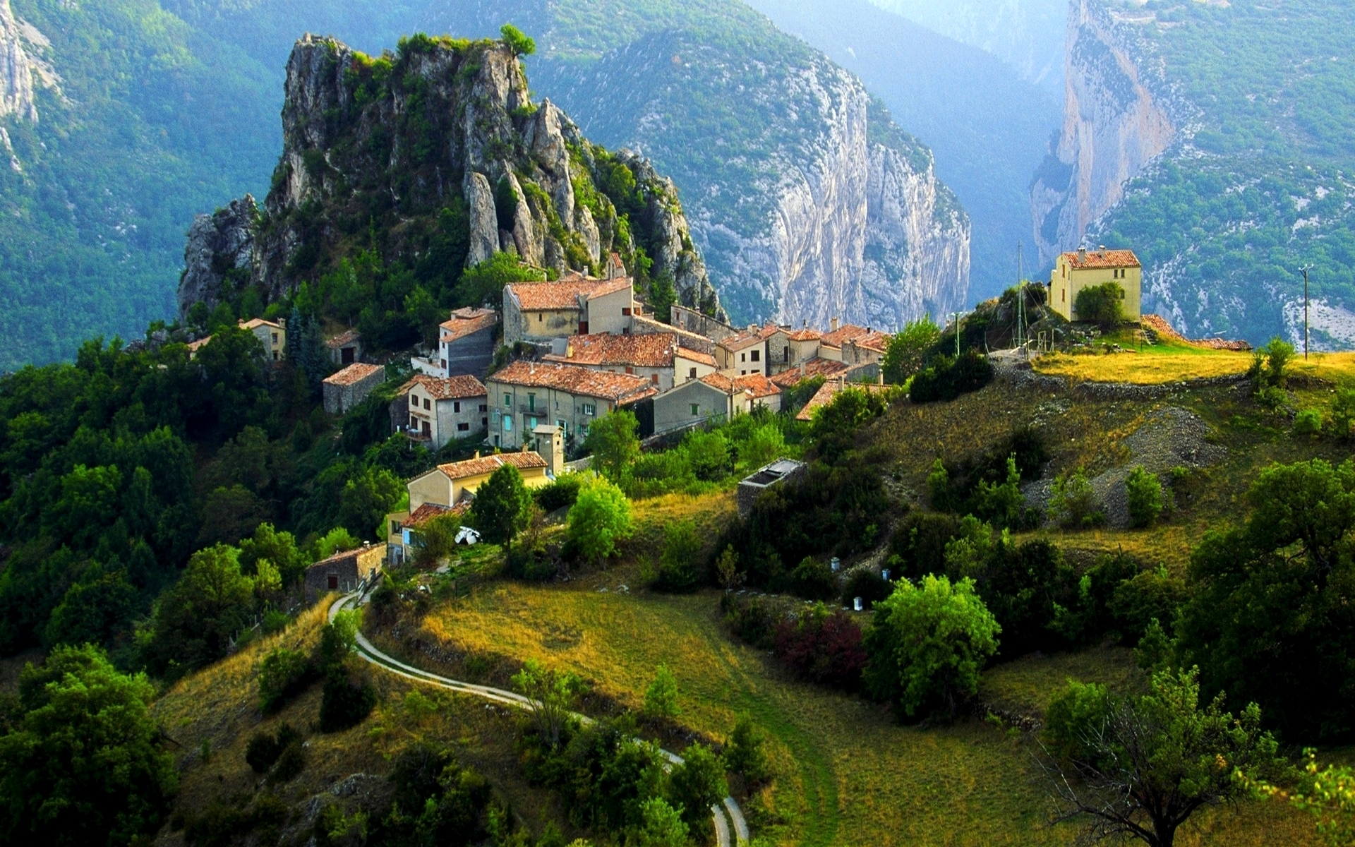 31383 download wallpaper Landscape, Houses, Mountains screensavers and pictures for free