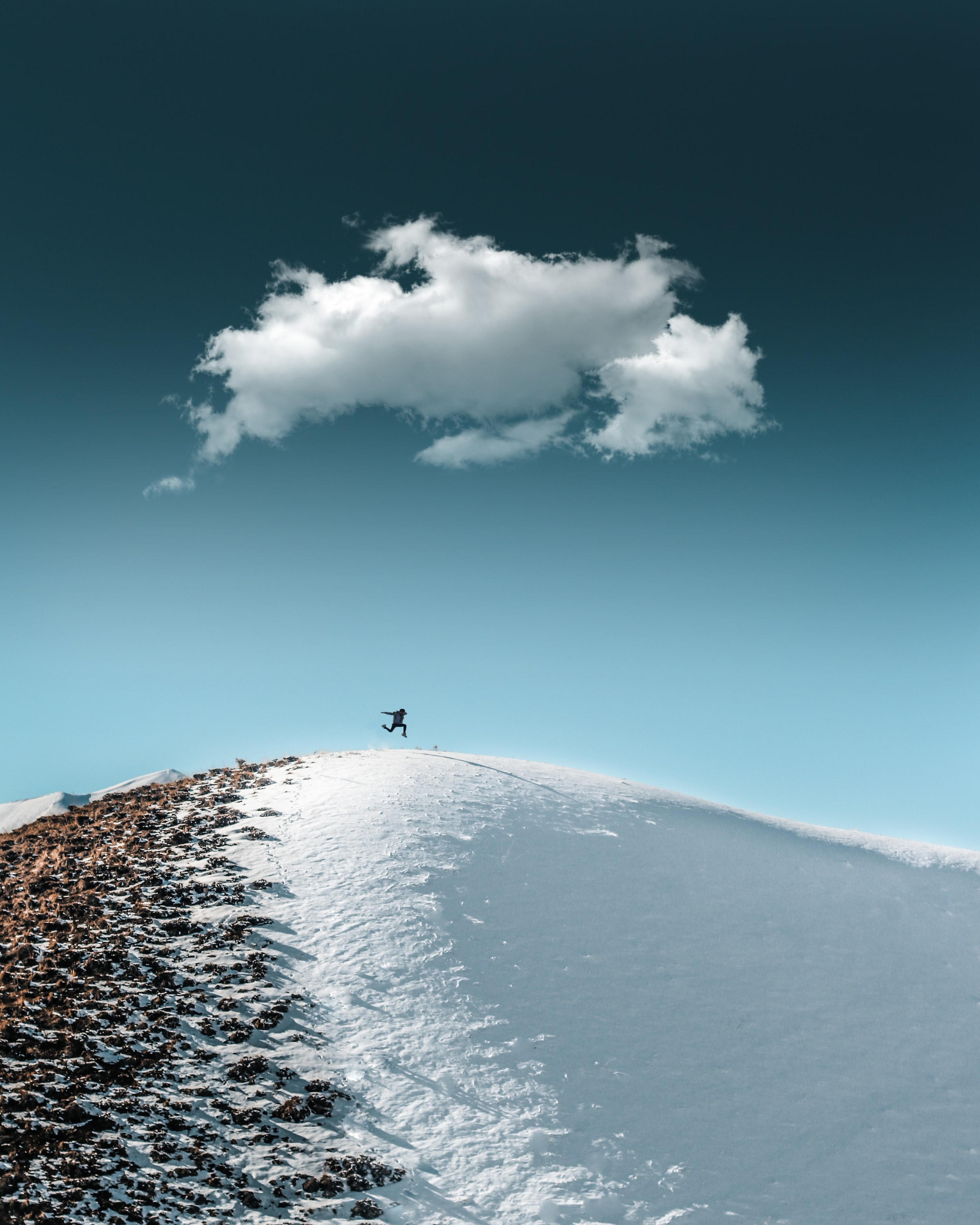 149504 download wallpaper Miscellanea, Miscellaneous, Human, Person, Bounce, Jump, Hill, Snow, Sky screensavers and pictures for free