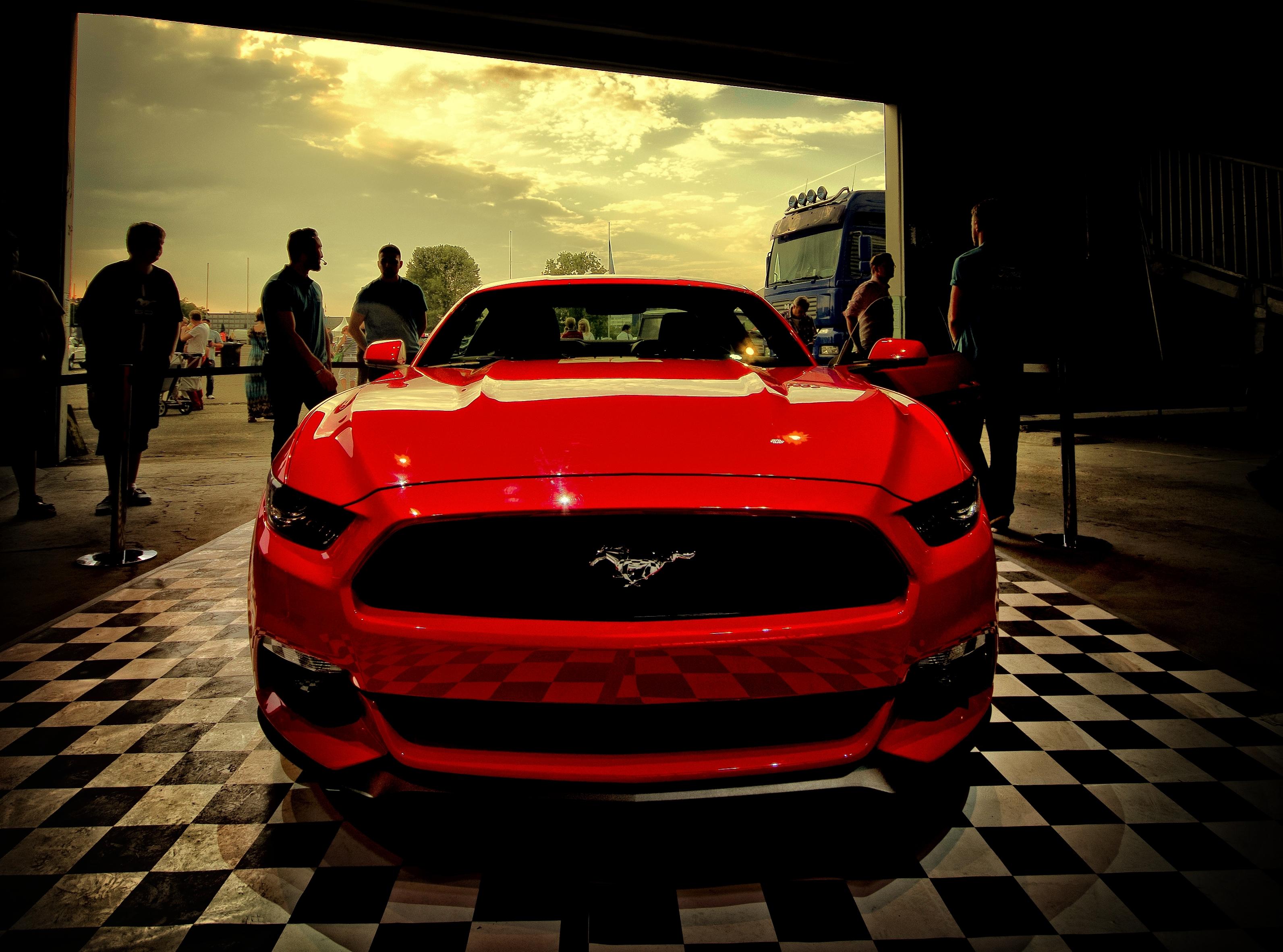 78161 скачать обои Мустанг (Mustang), Форд (Ford), Тачки (Cars), Красный, Вид Спереди - заставки и картинки бесплатно