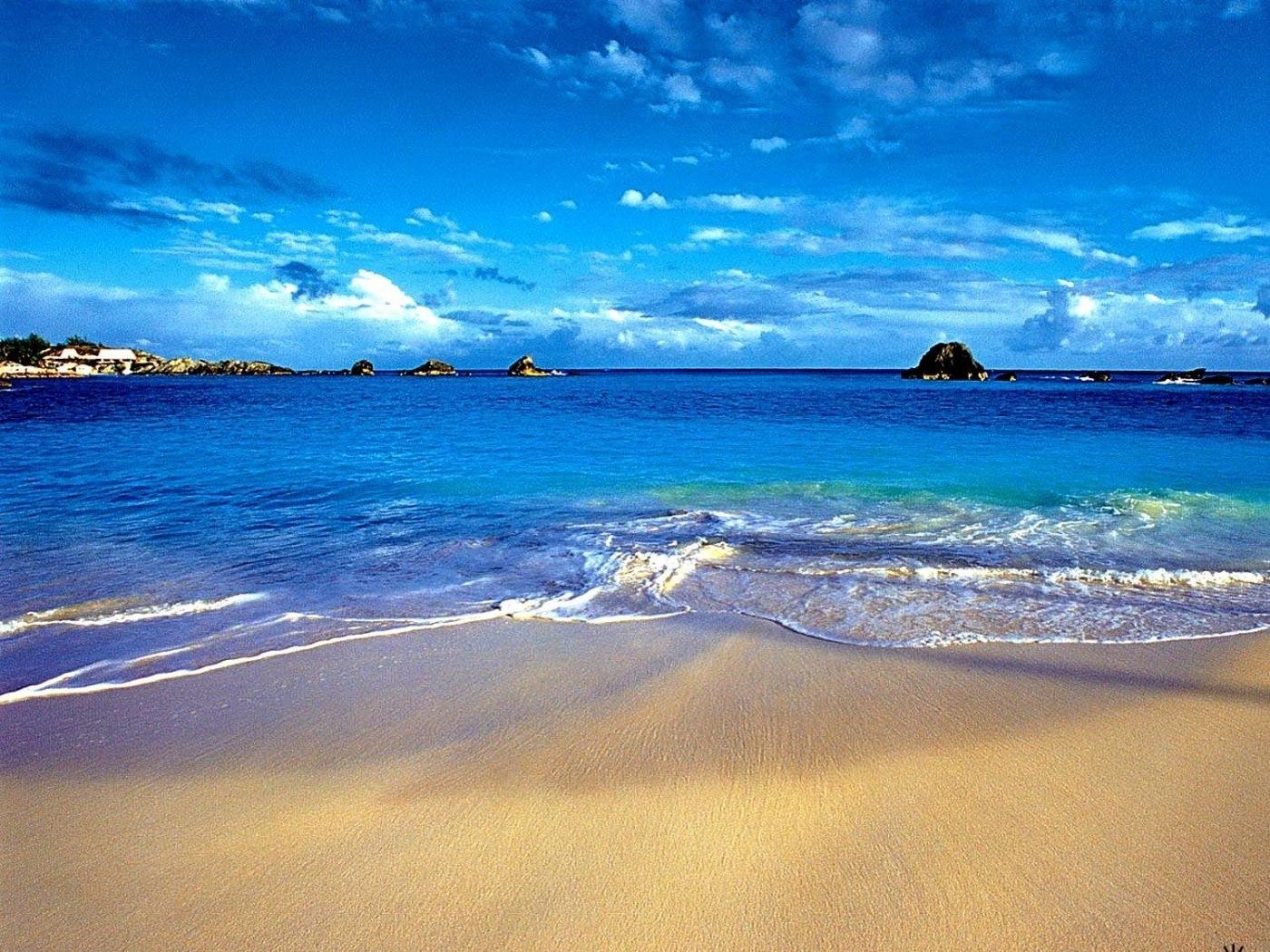 26540 скачать обои Пейзаж, Небо, Море, Облака, Волны, Пляж - заставки и картинки бесплатно