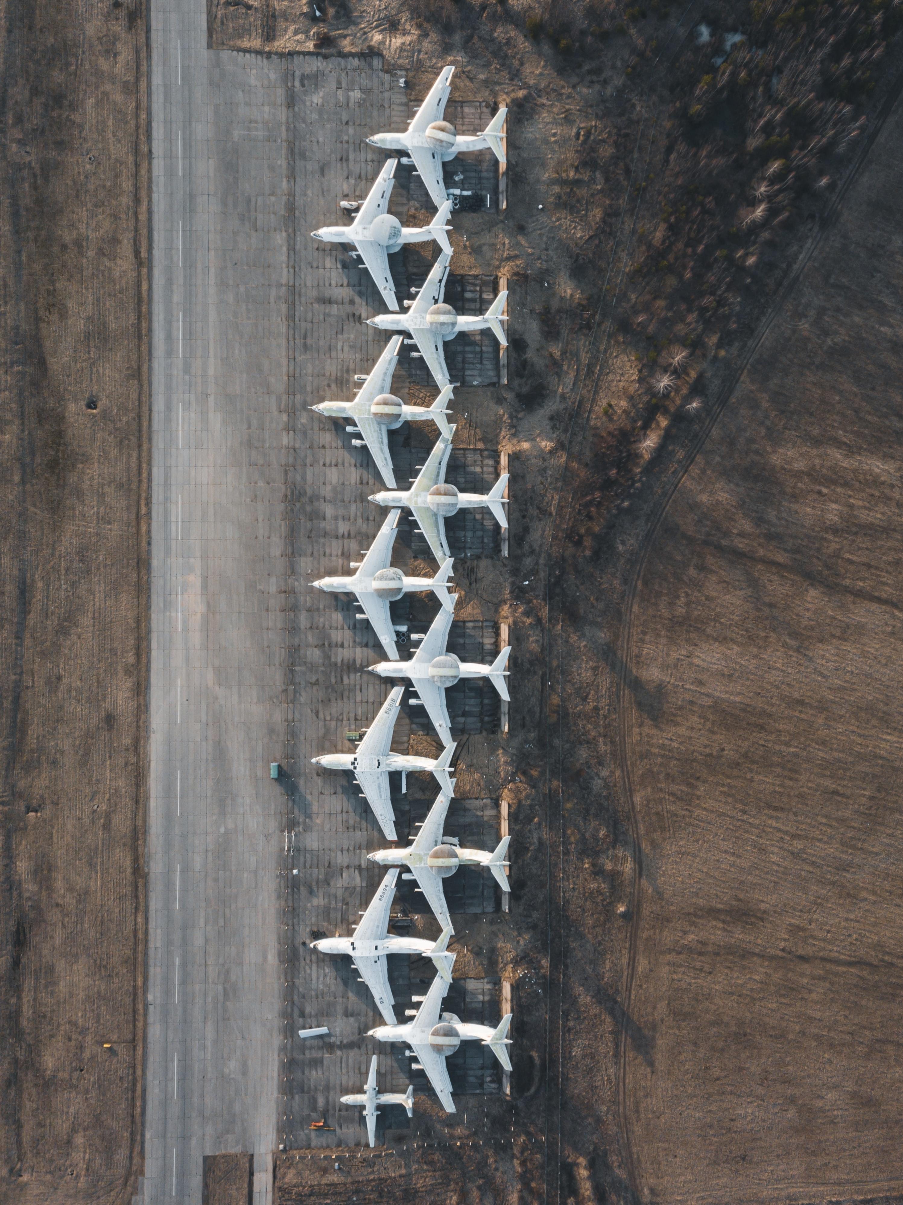 150389 Hintergrundbild herunterladen Flugzeuge, Blick Von Oben, Verschiedenes, Sonstige, Flugzeug, Der Flughafen, Flughafen - Bildschirmschoner und Bilder kostenlos