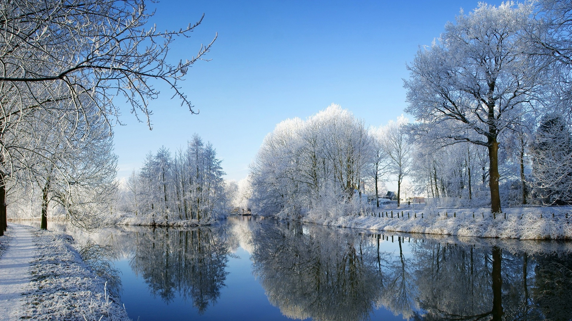 49056 download wallpaper Landscape, Winter, Nature, Snow, Lakes screensavers and pictures for free