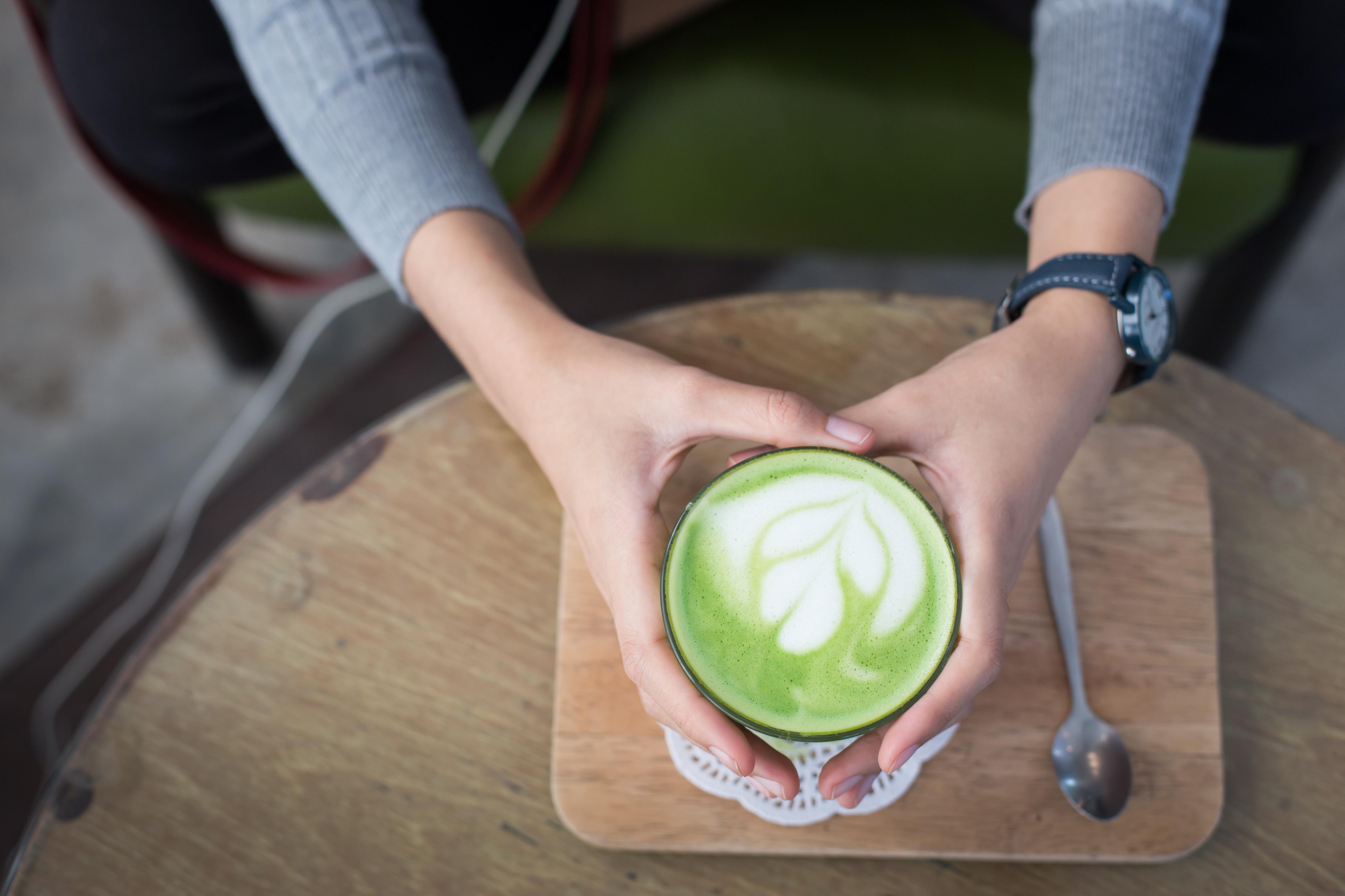 58133 download wallpaper Food, Coffee, Latte, Mint, Hands, Foam, Meerschaum screensavers and pictures for free