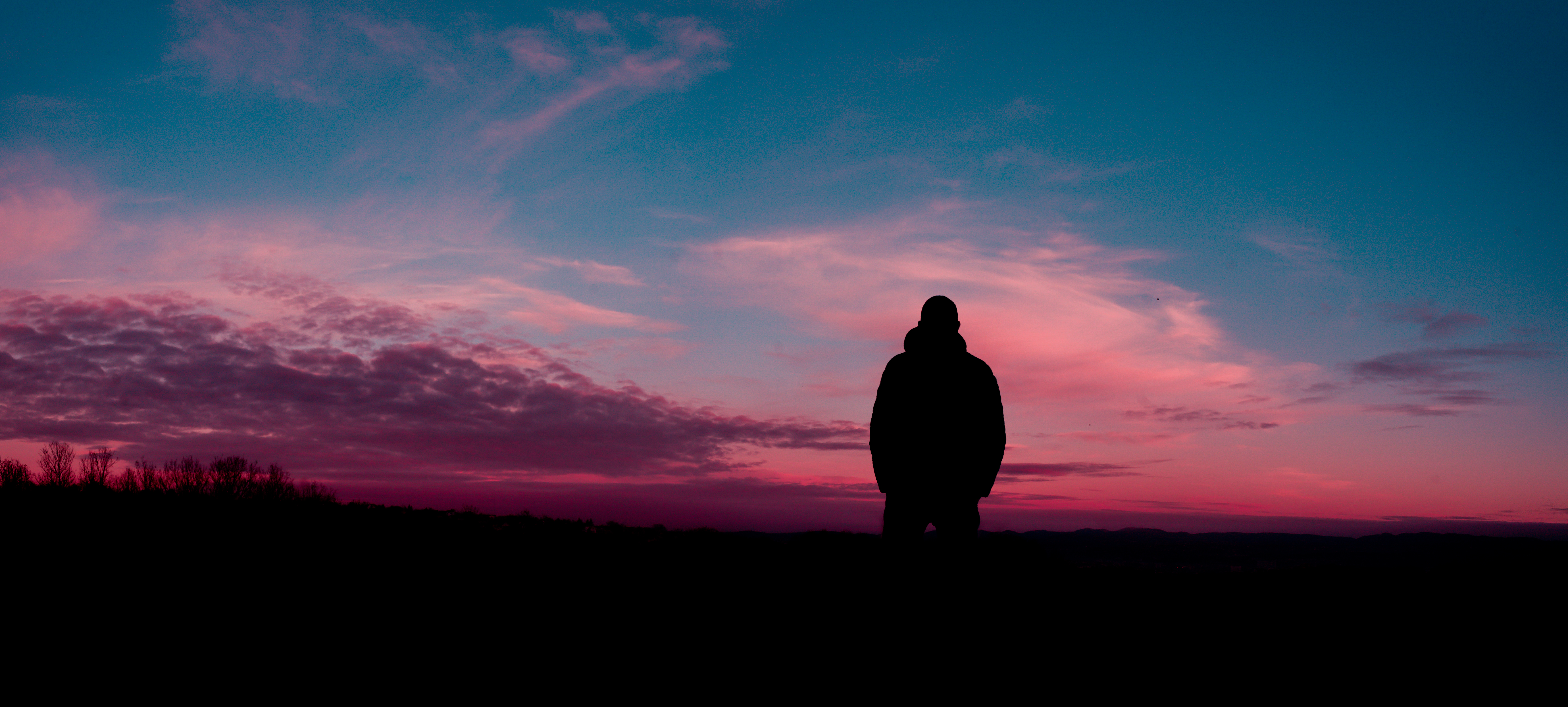 151565 download wallpaper Miscellanea, Miscellaneous, Human, Person, Silhouette, Sky, Night screensavers and pictures for free
