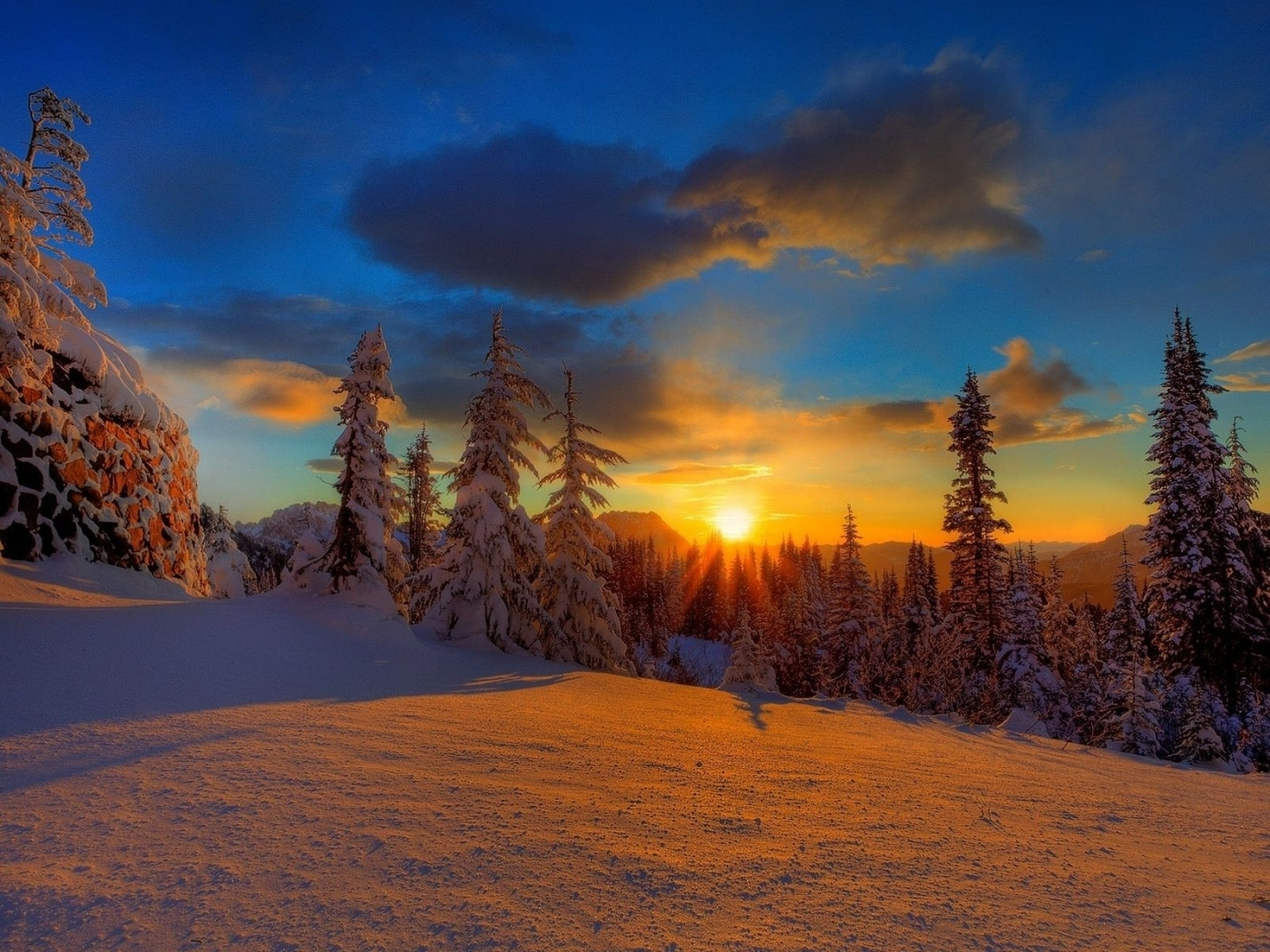 45582 download wallpaper Landscape, Winter, Nature, Sunset, Snow screensavers and pictures for free