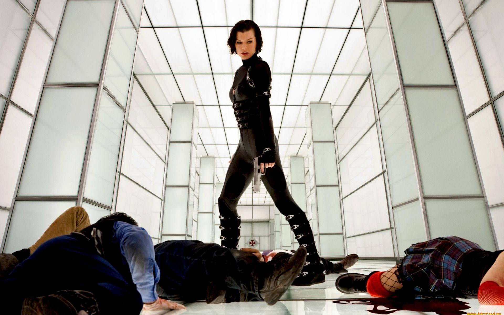 26383 download wallpaper Cinema, People, Girls, Actors, Resident Evil, Milla Jovovich screensavers and pictures for free