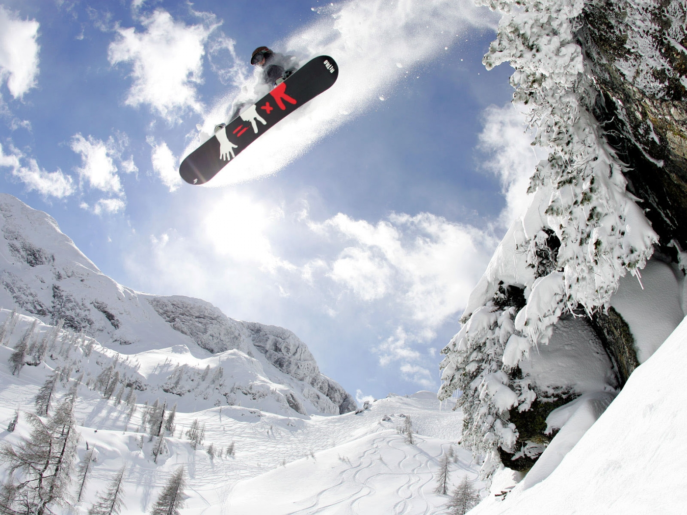 37109 download wallpaper Sports, Snowboarding screensavers and pictures for free
