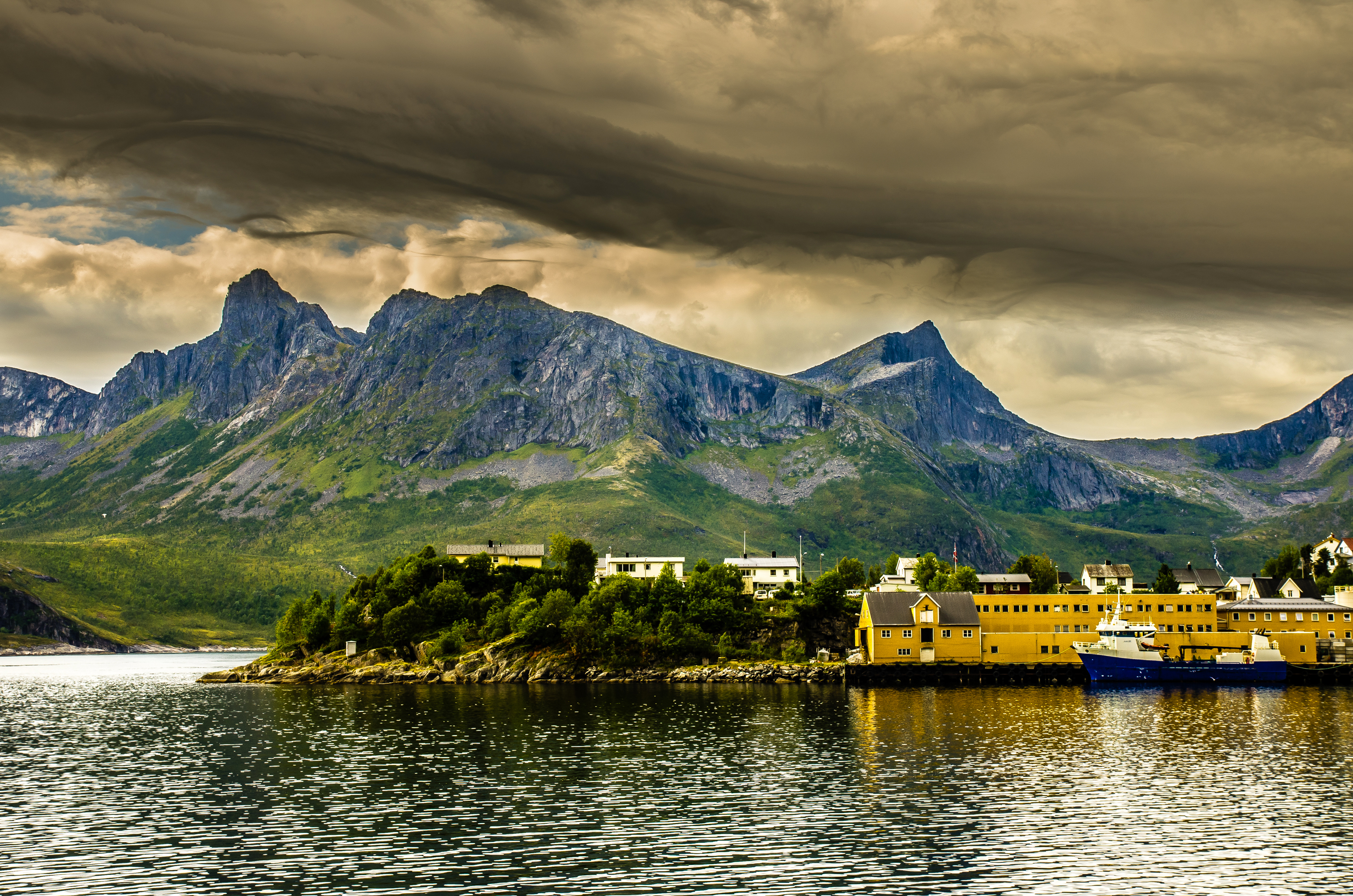 87441 download wallpaper Nature, Norway, Bay, Ford, Pier, Wharf, Hdr, Mountains screensavers and pictures for free