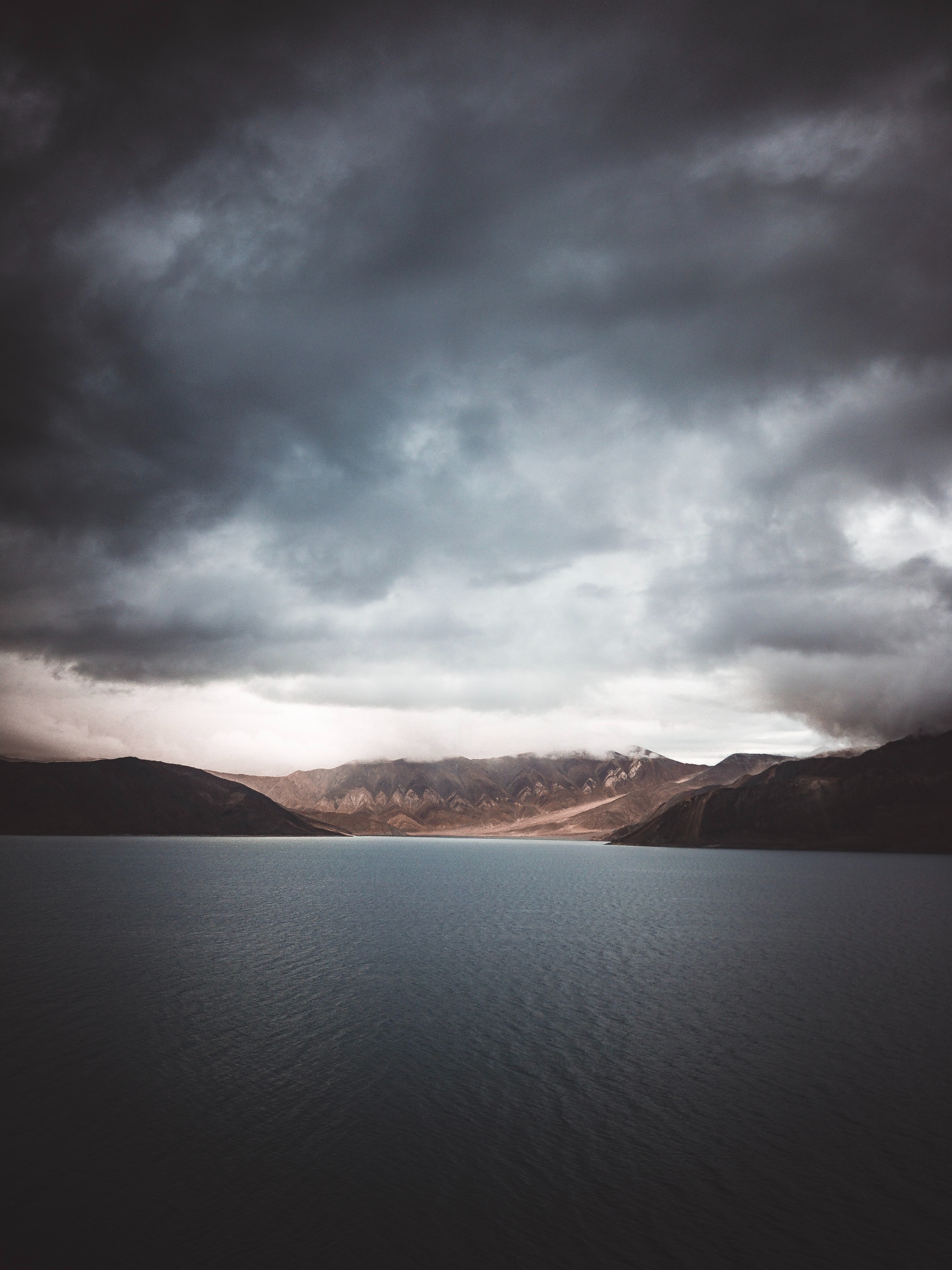 140047 Hintergrundbild 1024x600 kostenlos auf deinem Handy, lade Bilder Natur, Mountains, See, Indien, Bangong-Tso, Bangong-Zo 1024x600 auf dein Handy herunter
