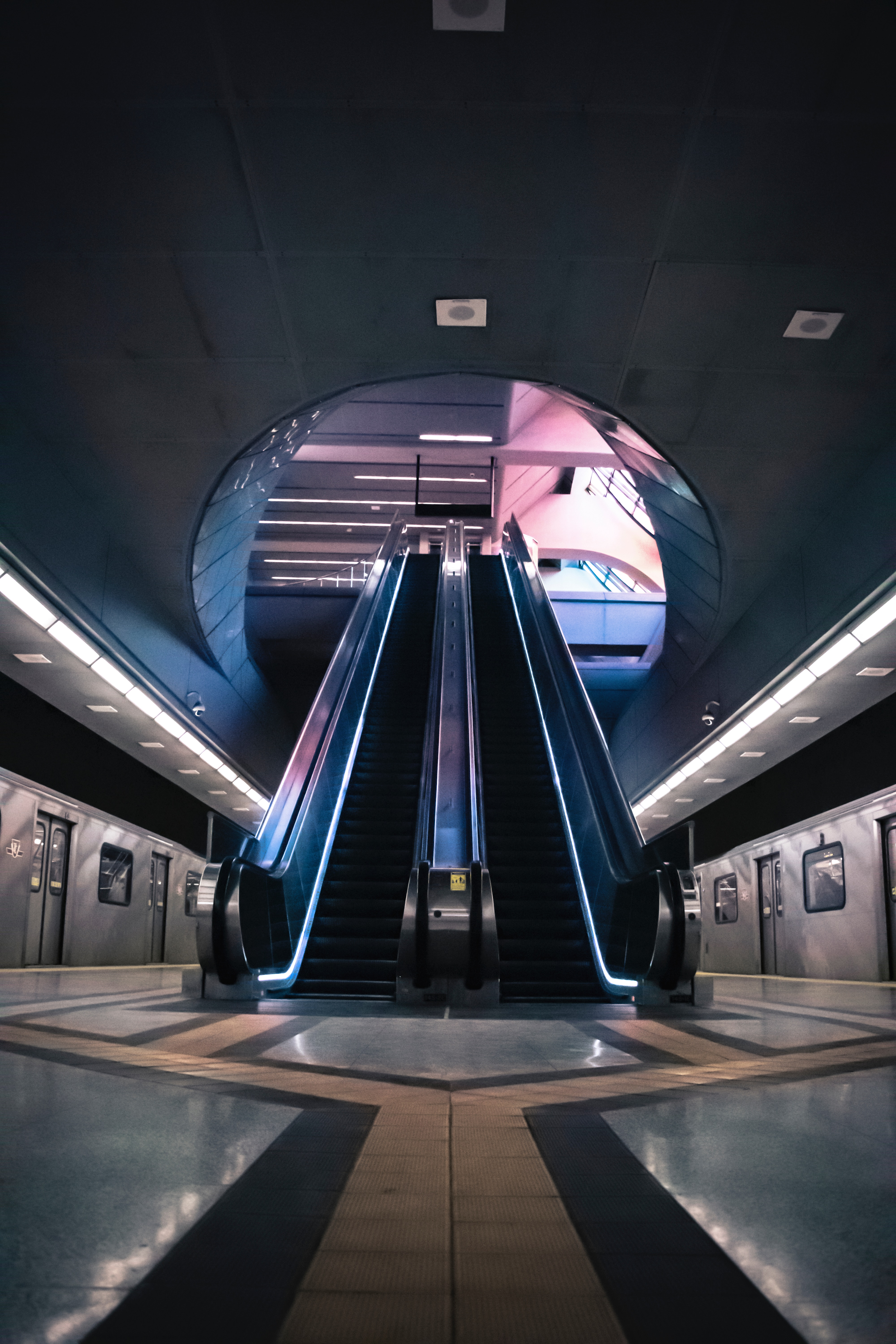 52911 Screensavers and Wallpapers Metro for phone. Download Interior, Miscellanea, Miscellaneous, Station, Metro, Subway, Escalator pictures for free