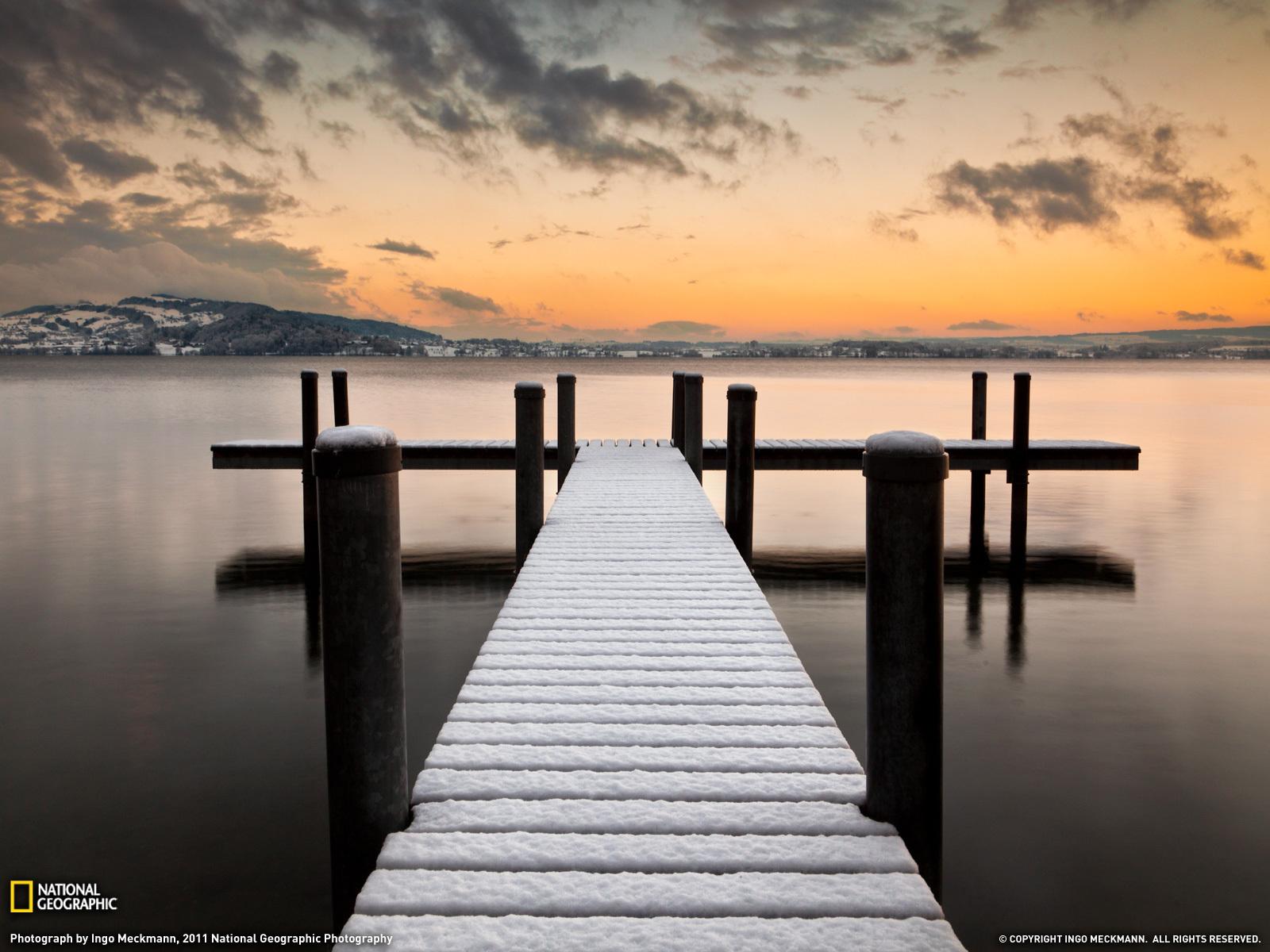 Скачать картинку Пейзаж, Горы, Озера в телефон бесплатно.