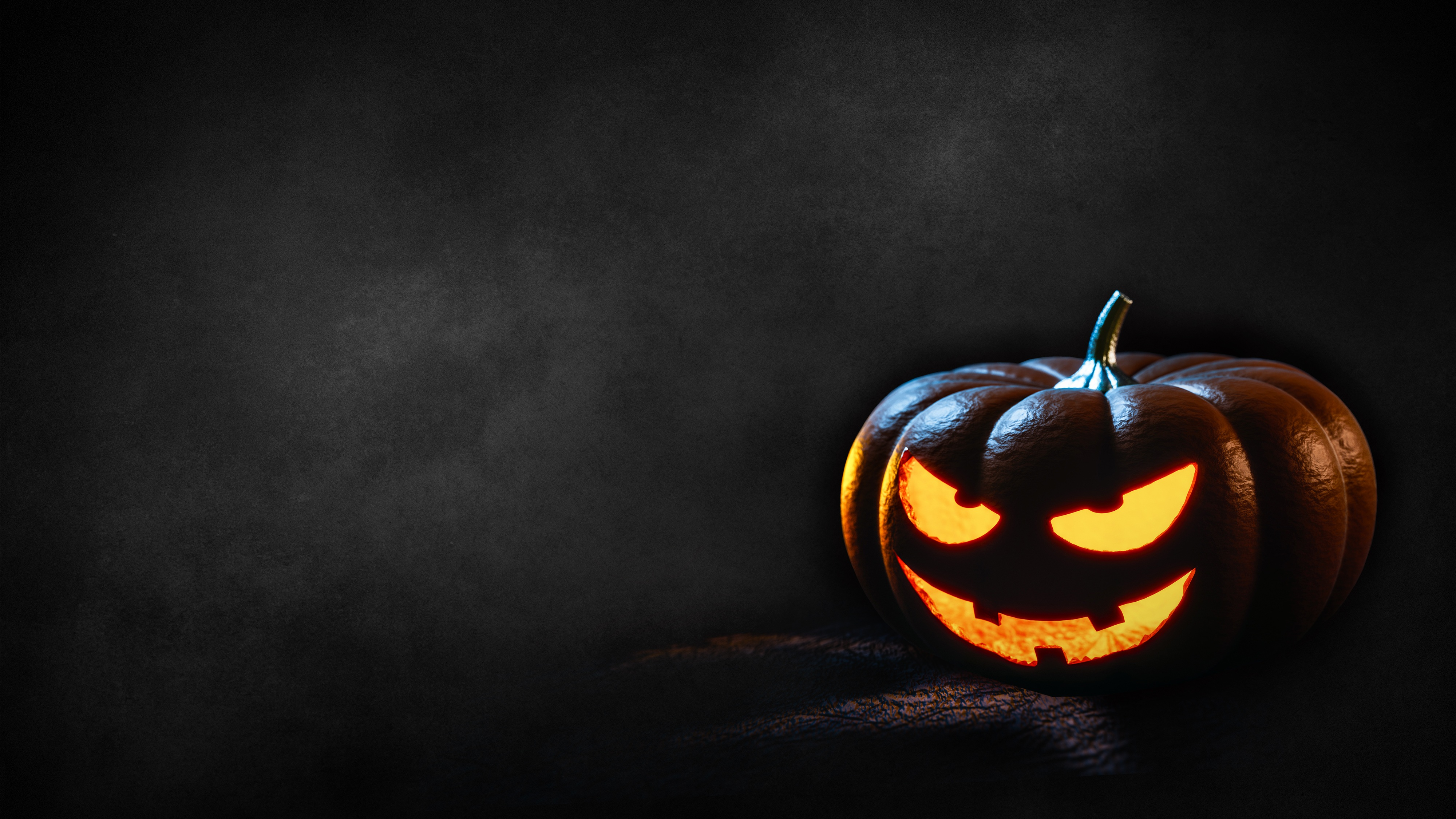 97705 download wallpaper Holidays, Halloween, Pumpkin, Shine, Light screensavers and pictures for free
