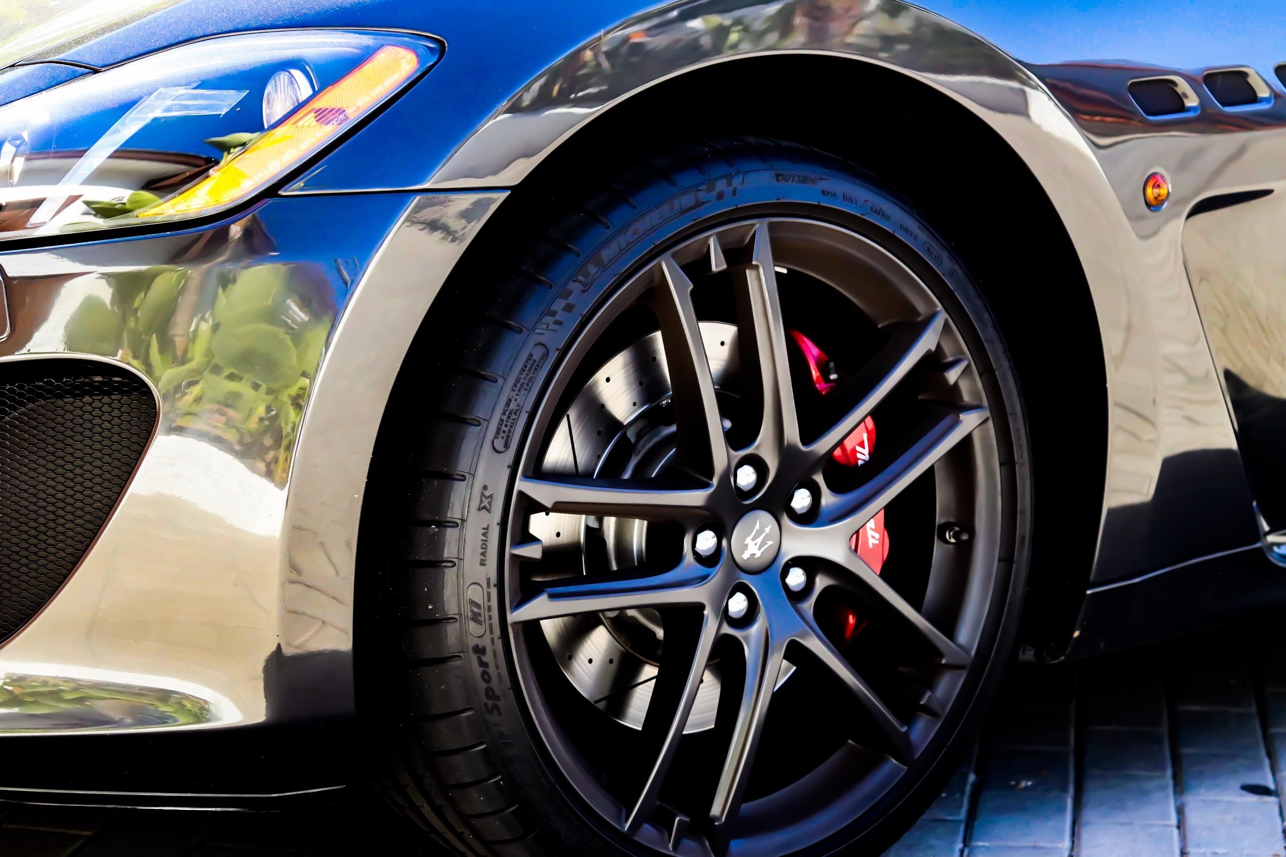 156931 Hintergrundbild herunterladen Auto, Maserati, Cars, Wagen, Rad - Bildschirmschoner und Bilder kostenlos
