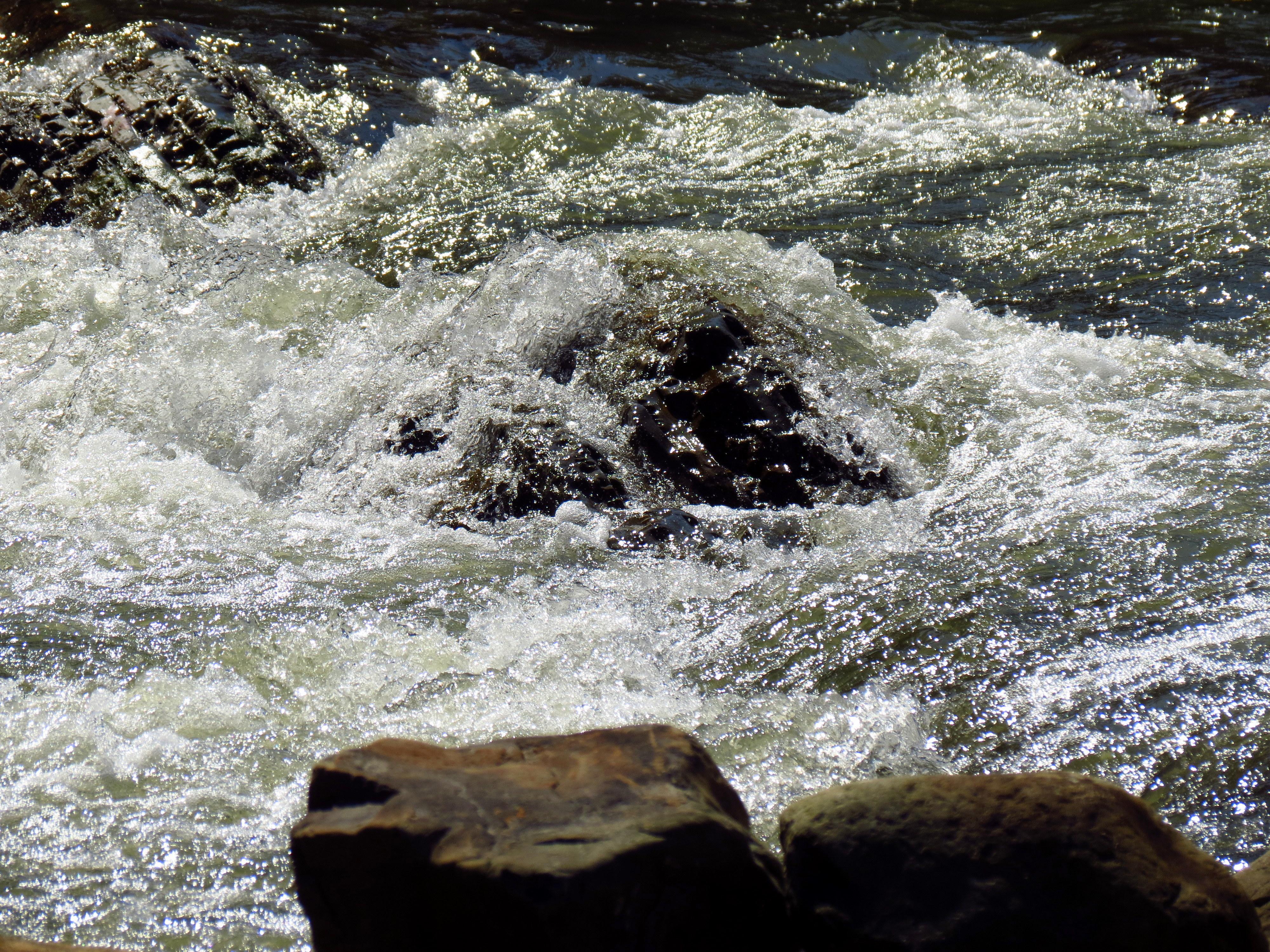 20870 скачать обои Пейзаж, Река, Камни - заставки и картинки бесплатно