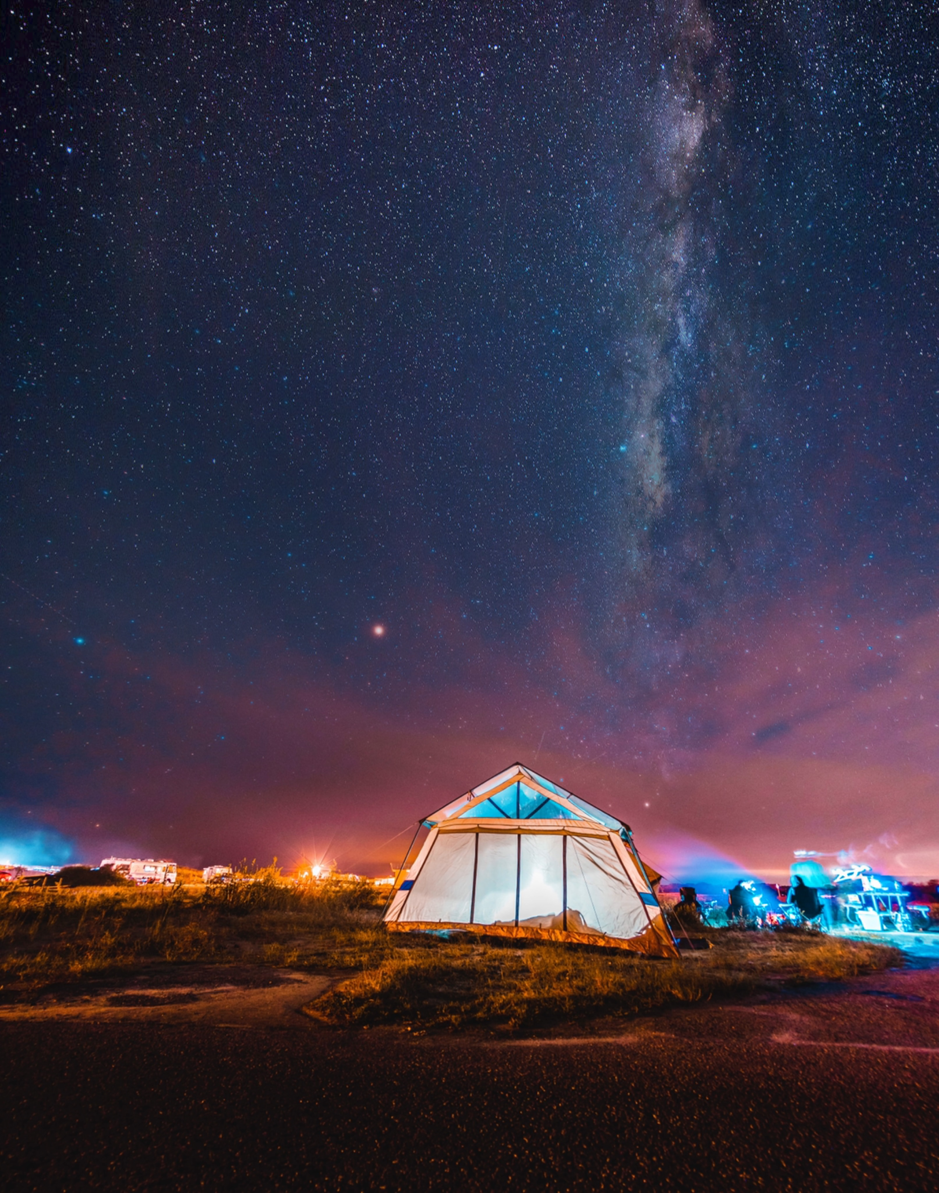 124970 download wallpaper Camping, Night, Miscellanea, Miscellaneous, Starry Sky, Tent, Campsite screensavers and pictures for free