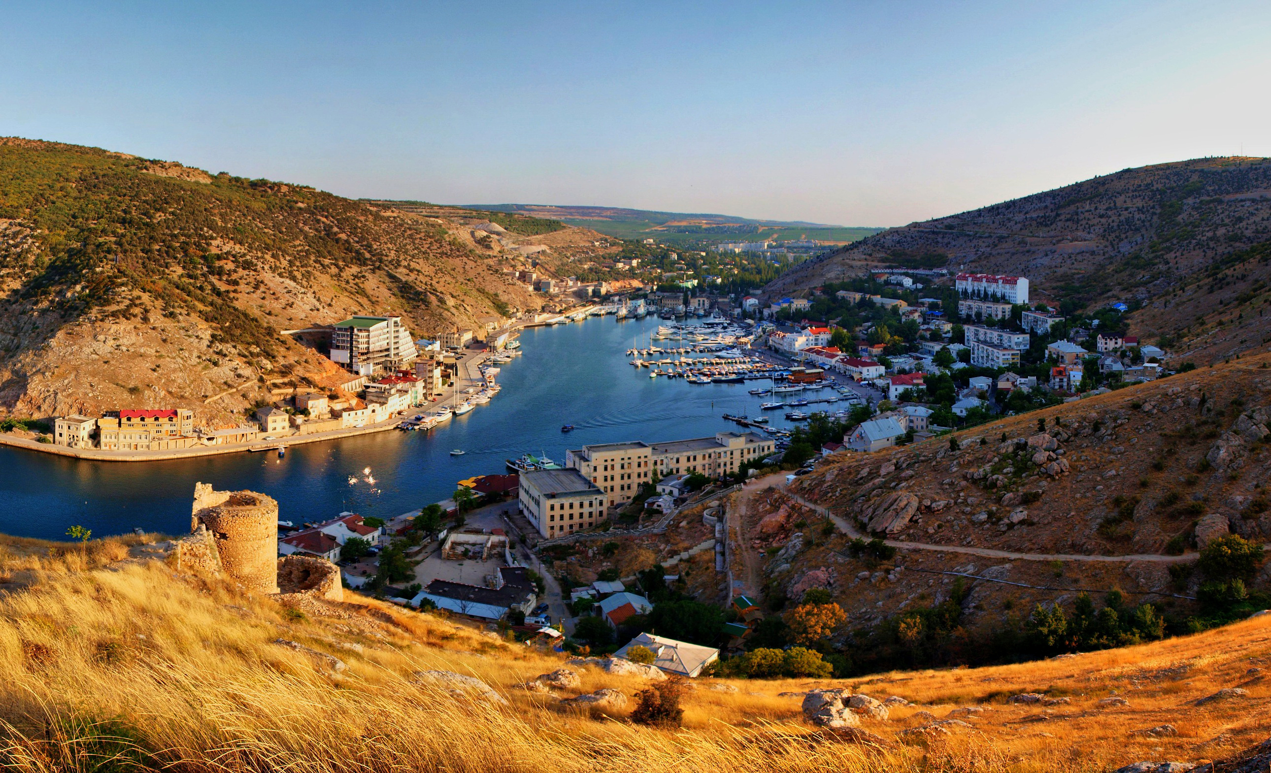 80708 download wallpaper Nature, Crimea, Balaclava, Rivers, Boats, Mountains screensavers and pictures for free