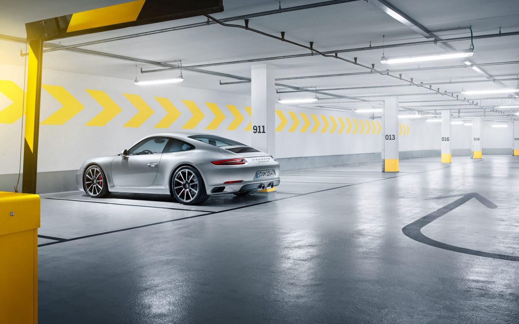 133666 download wallpaper Porsche, Cars, Side View, Silver, 911, Silvery, Carrera S screensavers and pictures for free