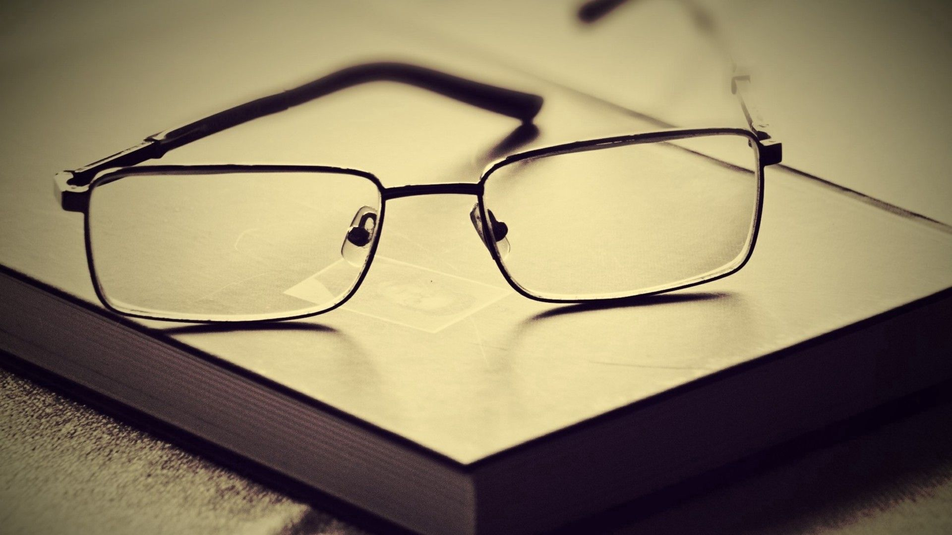 93179 download wallpaper Miscellanea, Miscellaneous, Book, Glasses, Spectacles, Lenses, Frame, Setting screensavers and pictures for free