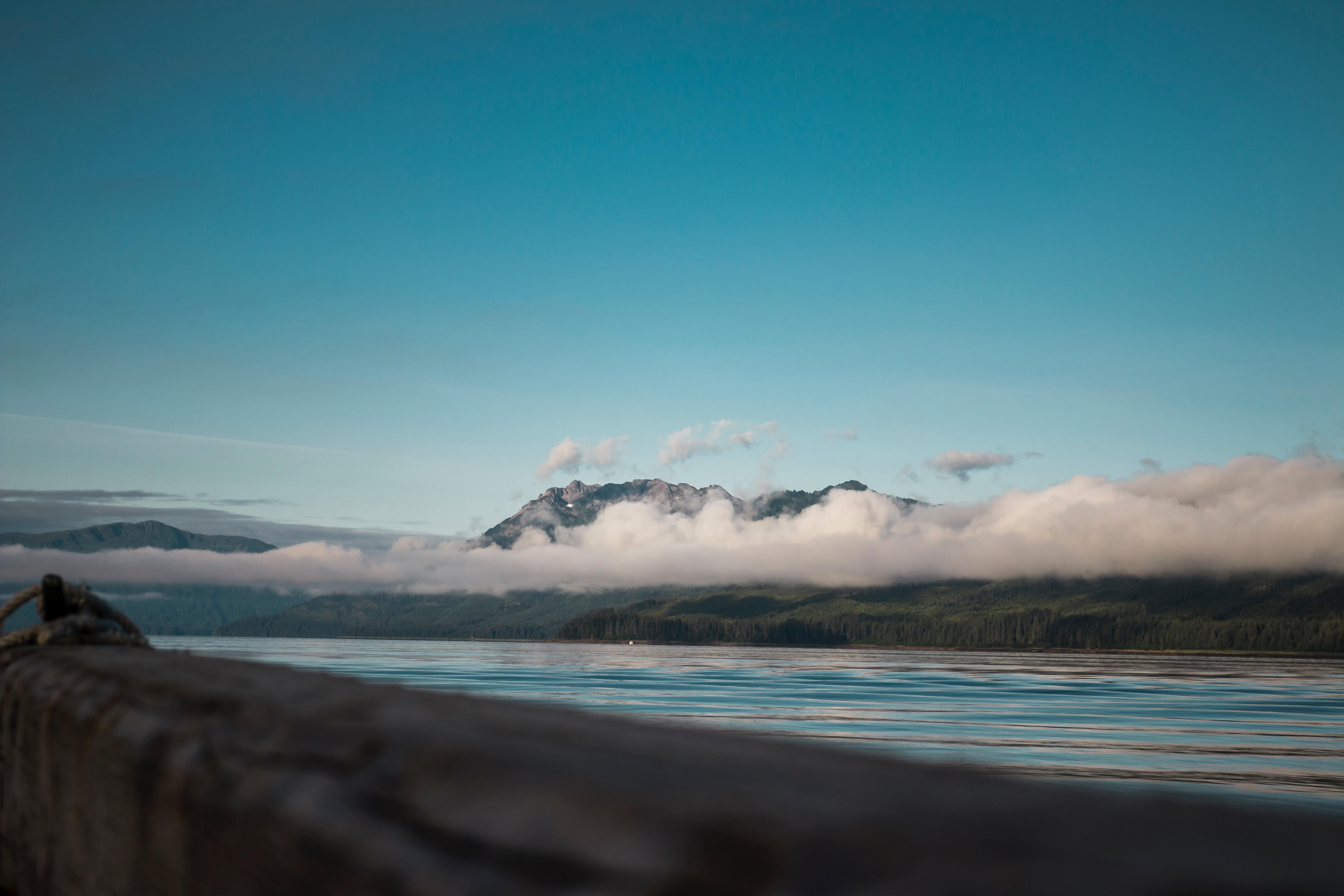 52901 скачать обои Природа, Облака, Море, Горы - заставки и картинки бесплатно