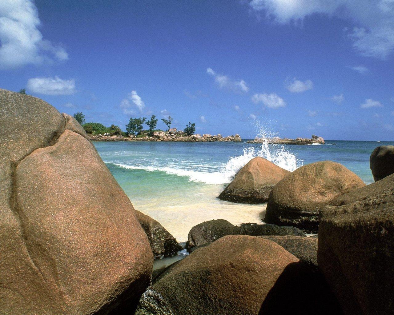11274 скачать обои Пейзаж, Вода, Камни, Море, Пляж - заставки и картинки бесплатно