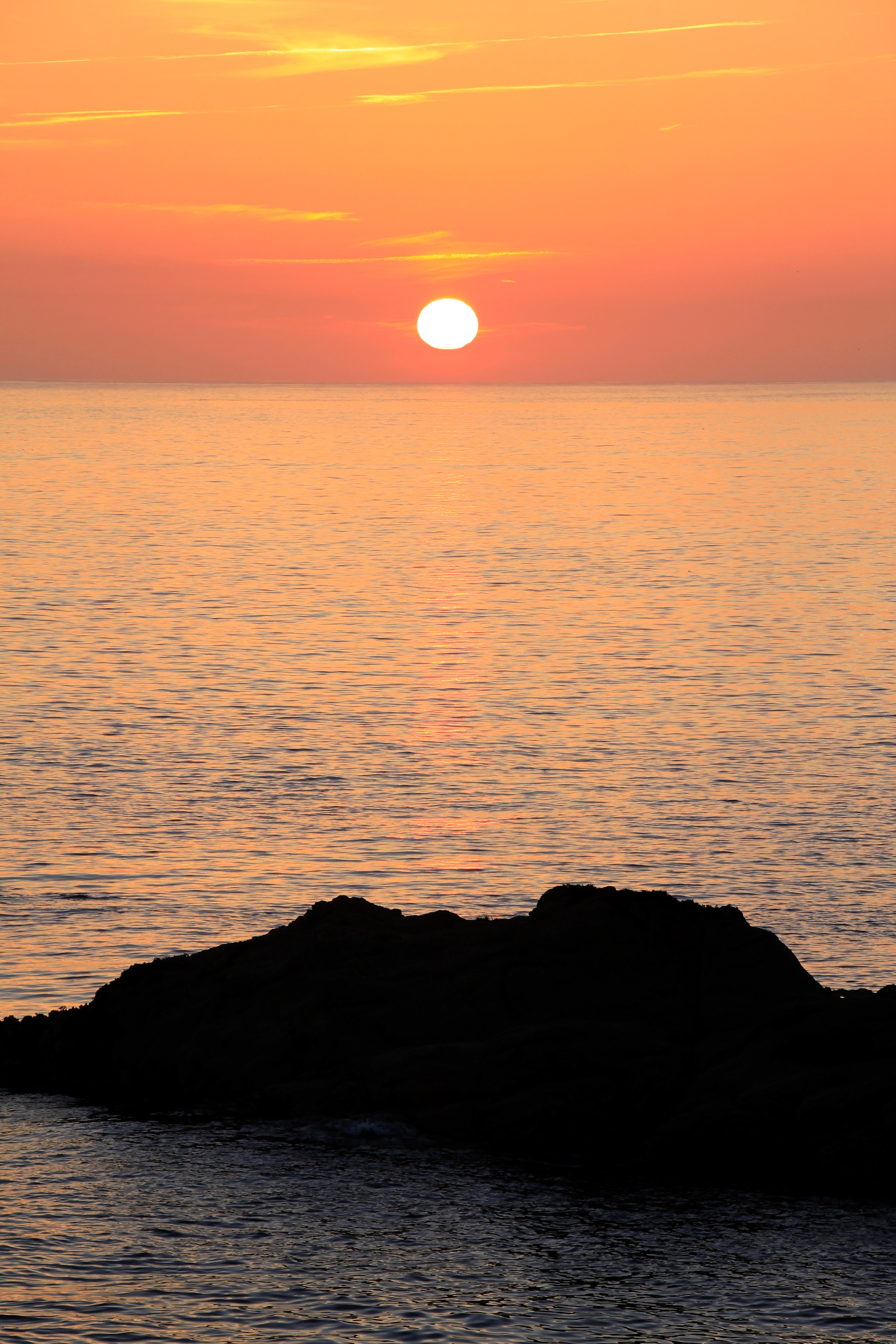 101287 download wallpaper Nature, Sunset, Lump, Horizon, Sun screensavers and pictures for free