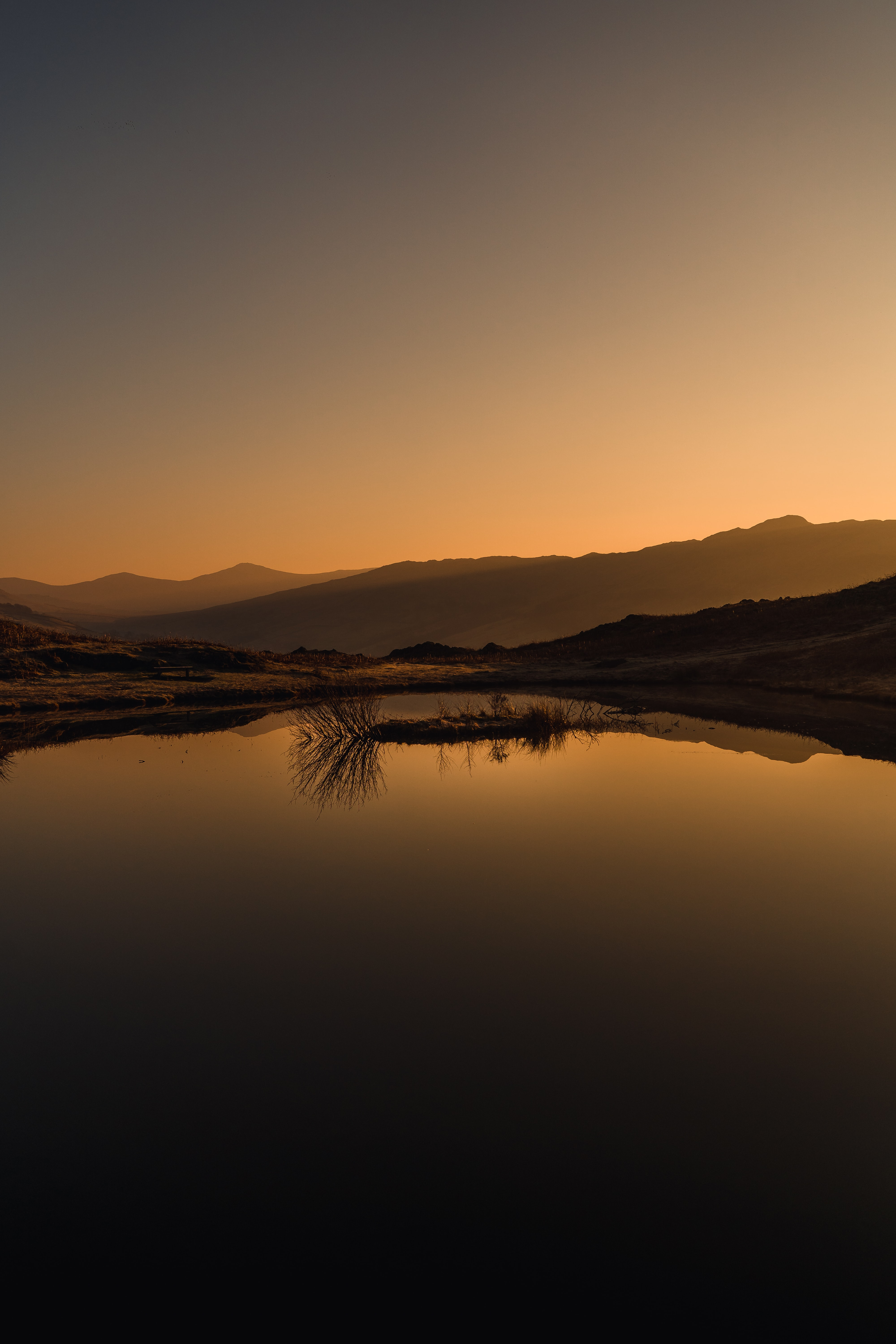 84329 download wallpaper Nature, Lake, Reflection, Sunset, Mountains, Landscape screensavers and pictures for free