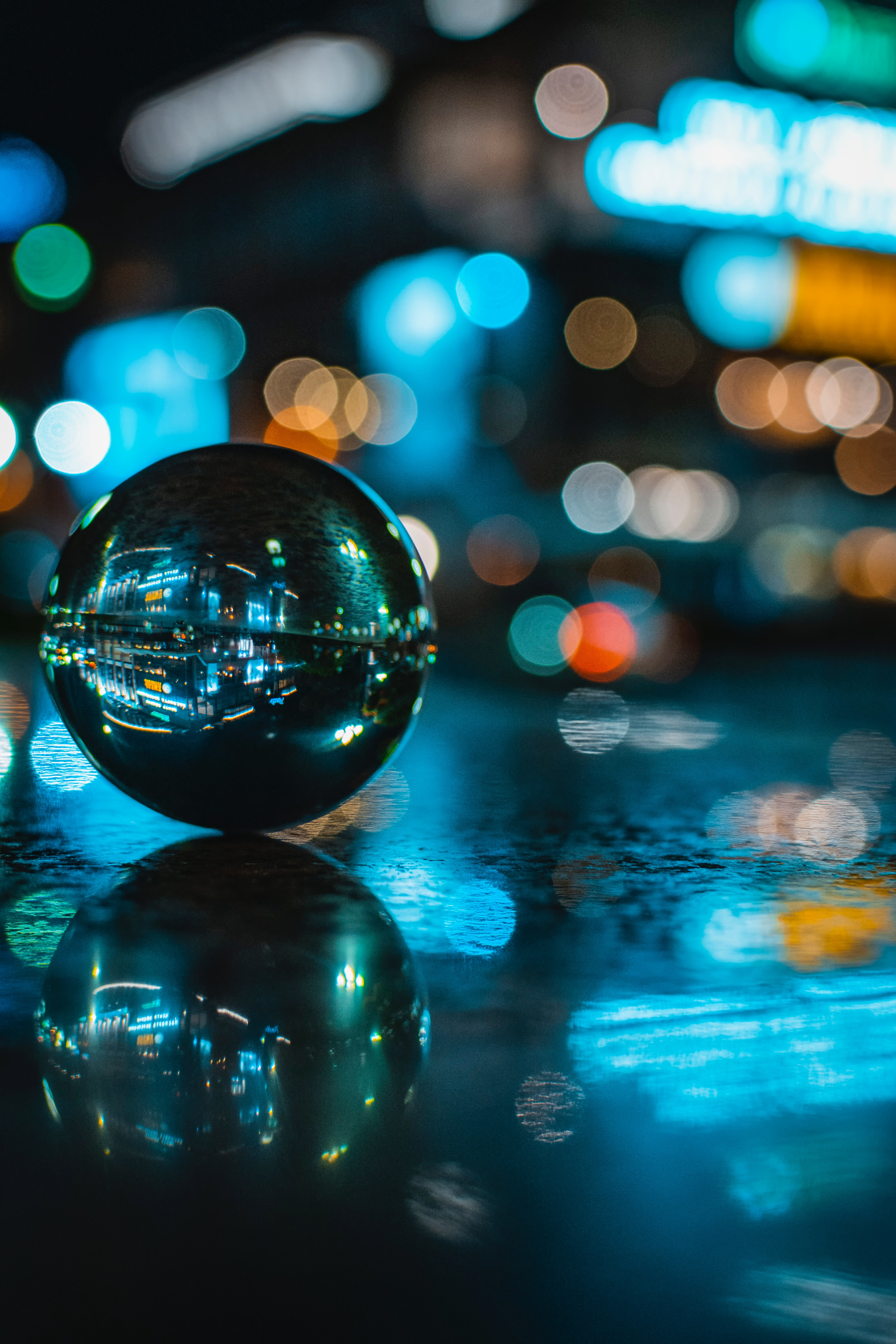 113912 Screensavers and Wallpapers Ball for phone. Download Macro, Ball, Reflection, Glare, Glass pictures for free