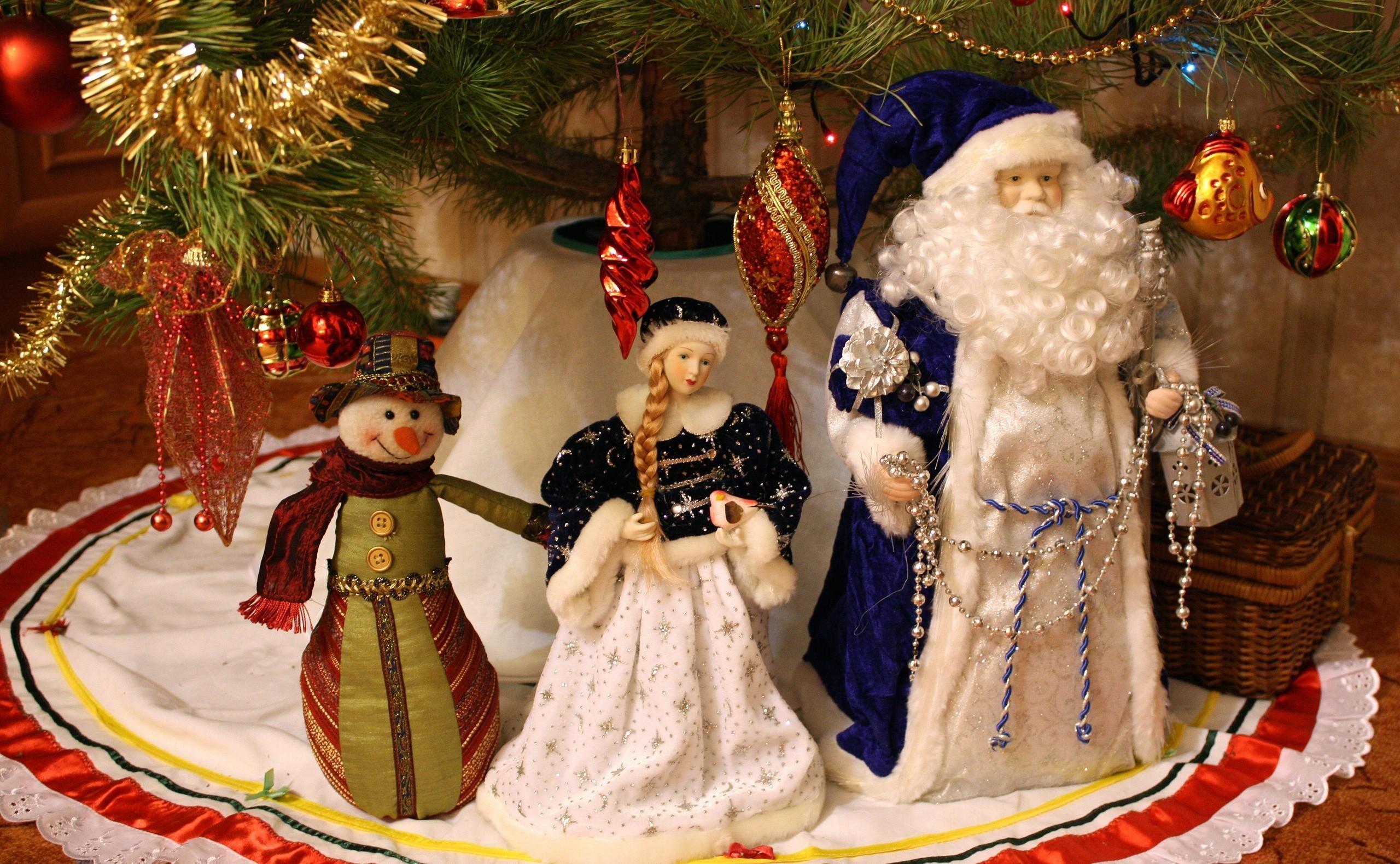 75582 Salvapantallas y fondos de pantalla Año Nuevo en tu teléfono. Descarga imágenes de Vacaciones, Jack Frost, Doncella De La Nieve, Doncella De Nieve, Monigote De Nieve, Muñeco De Nieve, Decoraciones De Navidad, Juguetes De Árbol De Navidad, Árbol De Navidad, Año Nuevo gratis