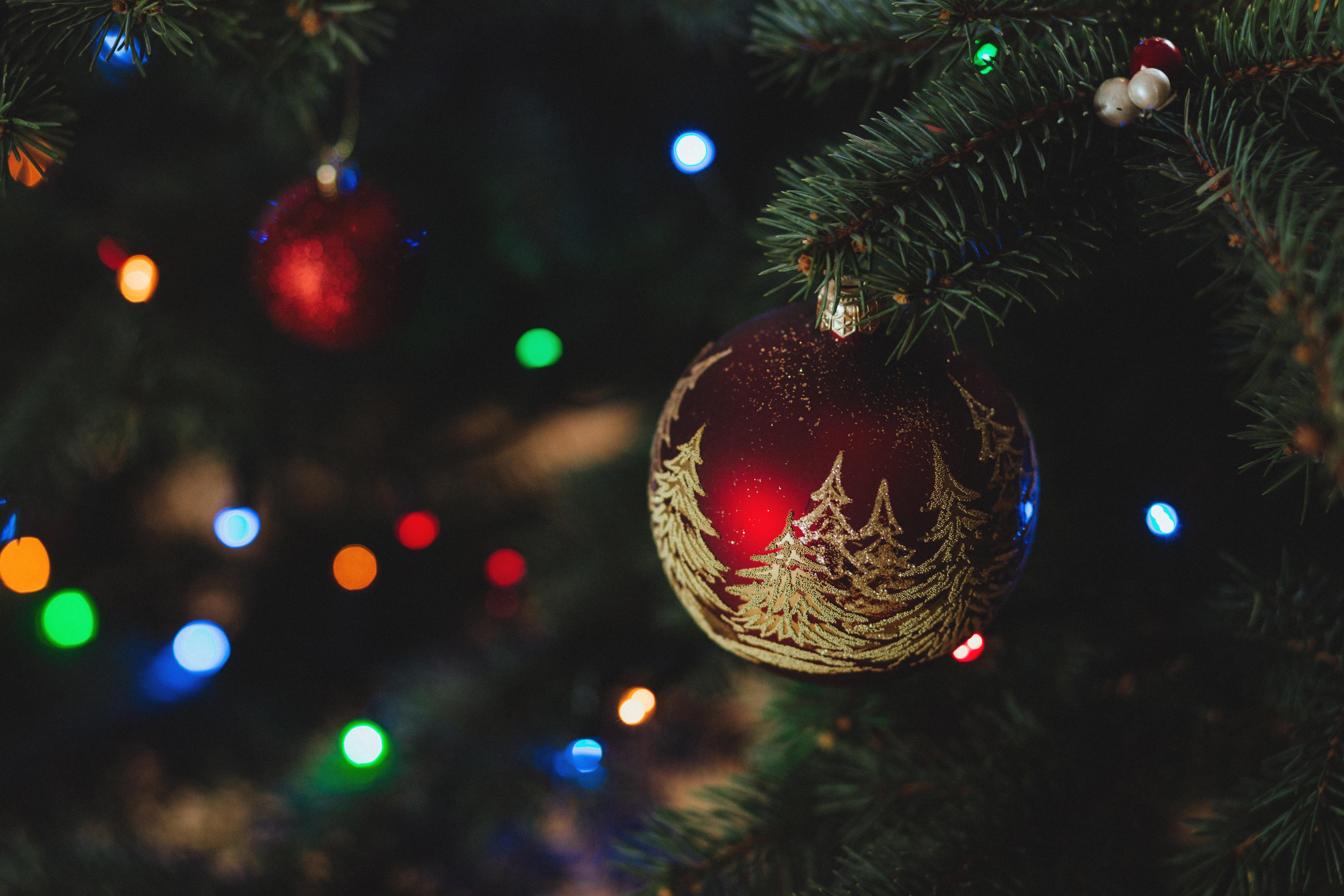 92933 скачать обои Праздники, Елочная Игрушка, Рождество, Новый Год, Елка - заставки и картинки бесплатно