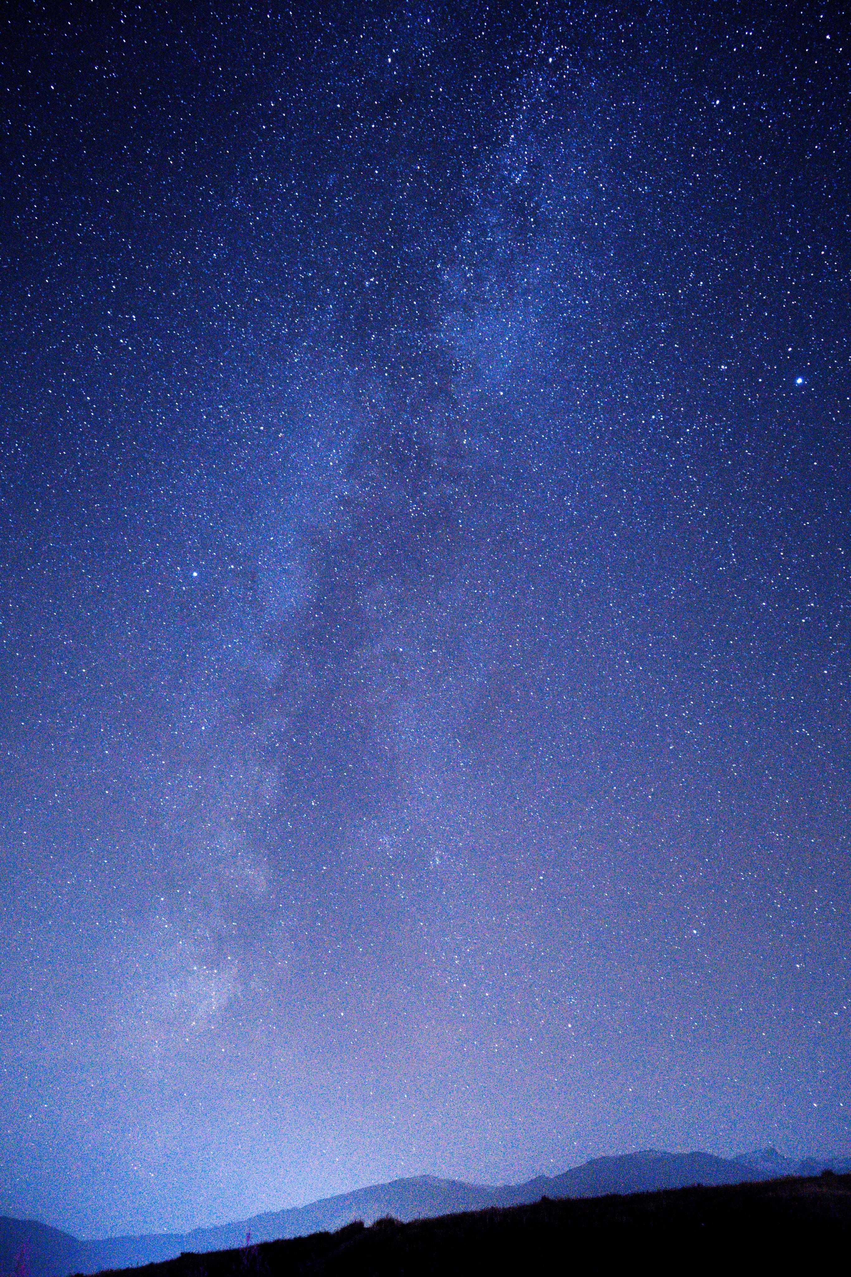 144477 скачать обои Темные, Туманность, Ночь, Звездное Небо, Горы, Звезды - заставки и картинки бесплатно
