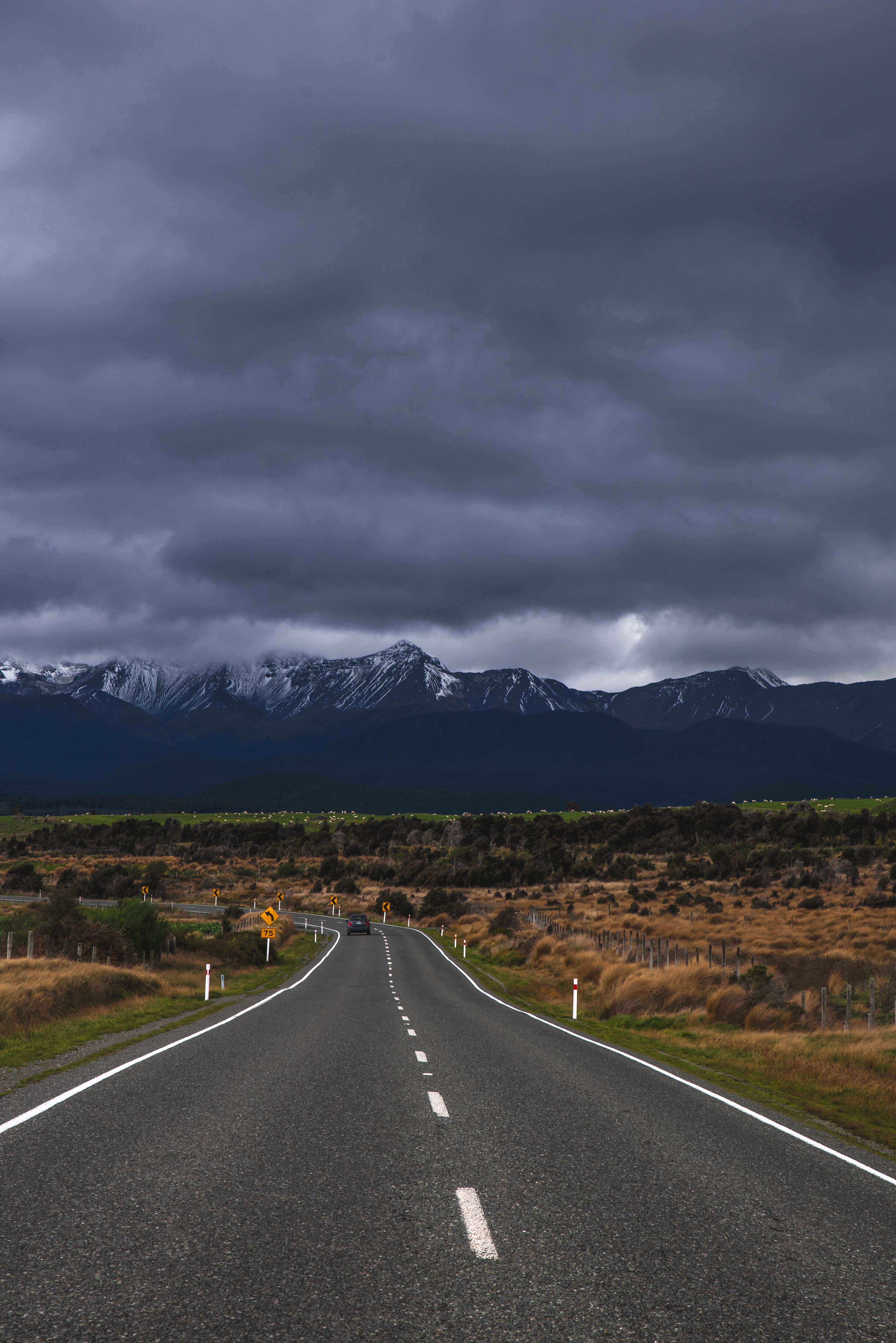 143462 Screensavers and Wallpapers New Zealand for phone. Download Nature, Mountains, New Zealand, Road, Markup, Te Anau, Those Anau pictures for free
