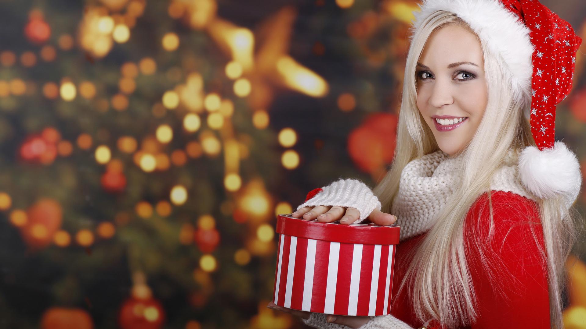 45250 скачать обои Праздники, Люди, Девушки, Новый Год (New Year) - заставки и картинки бесплатно