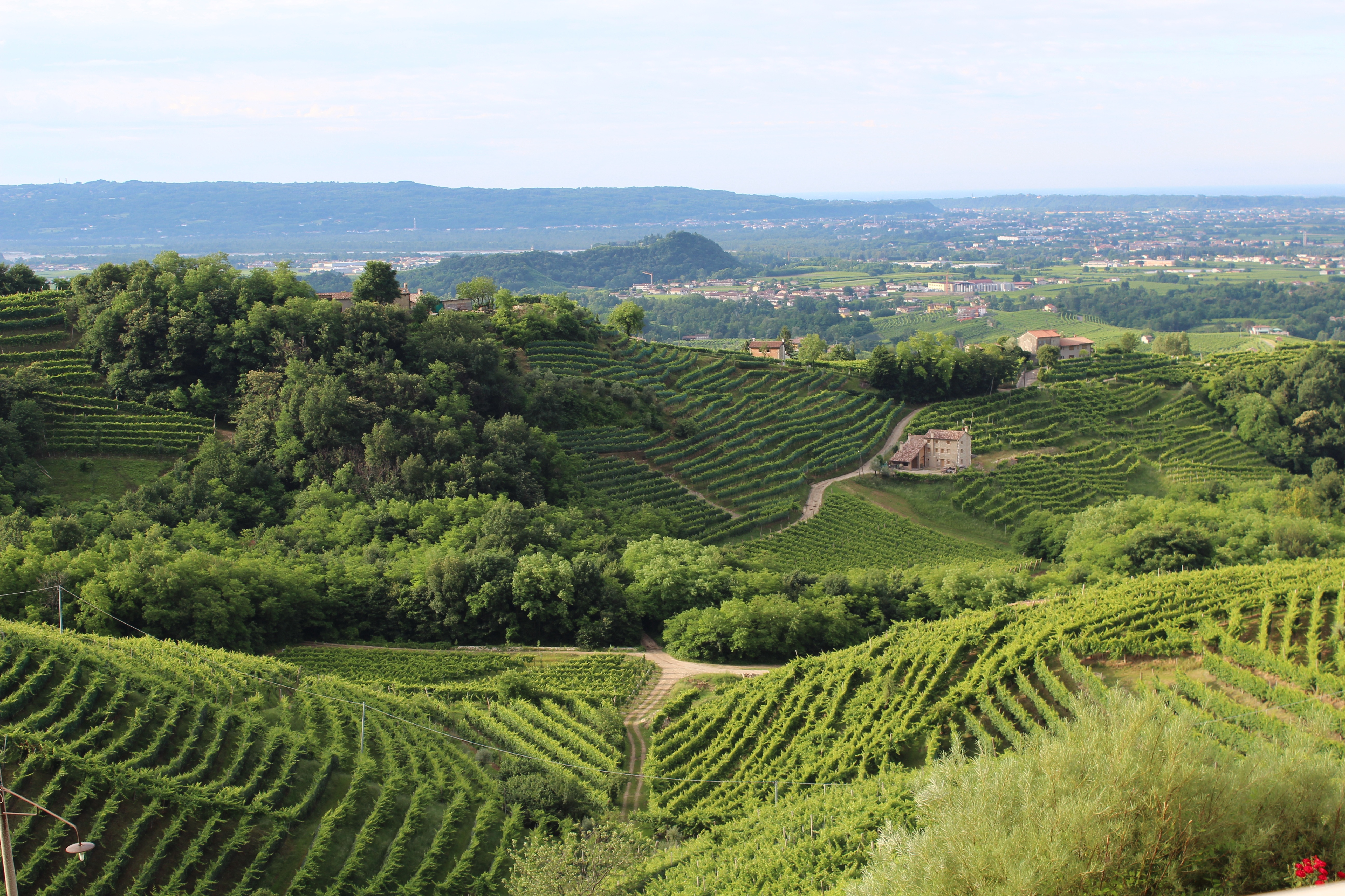 81626 download wallpaper Nature, Italy, Treviso, Hills, Veneto, Landscape screensavers and pictures for free