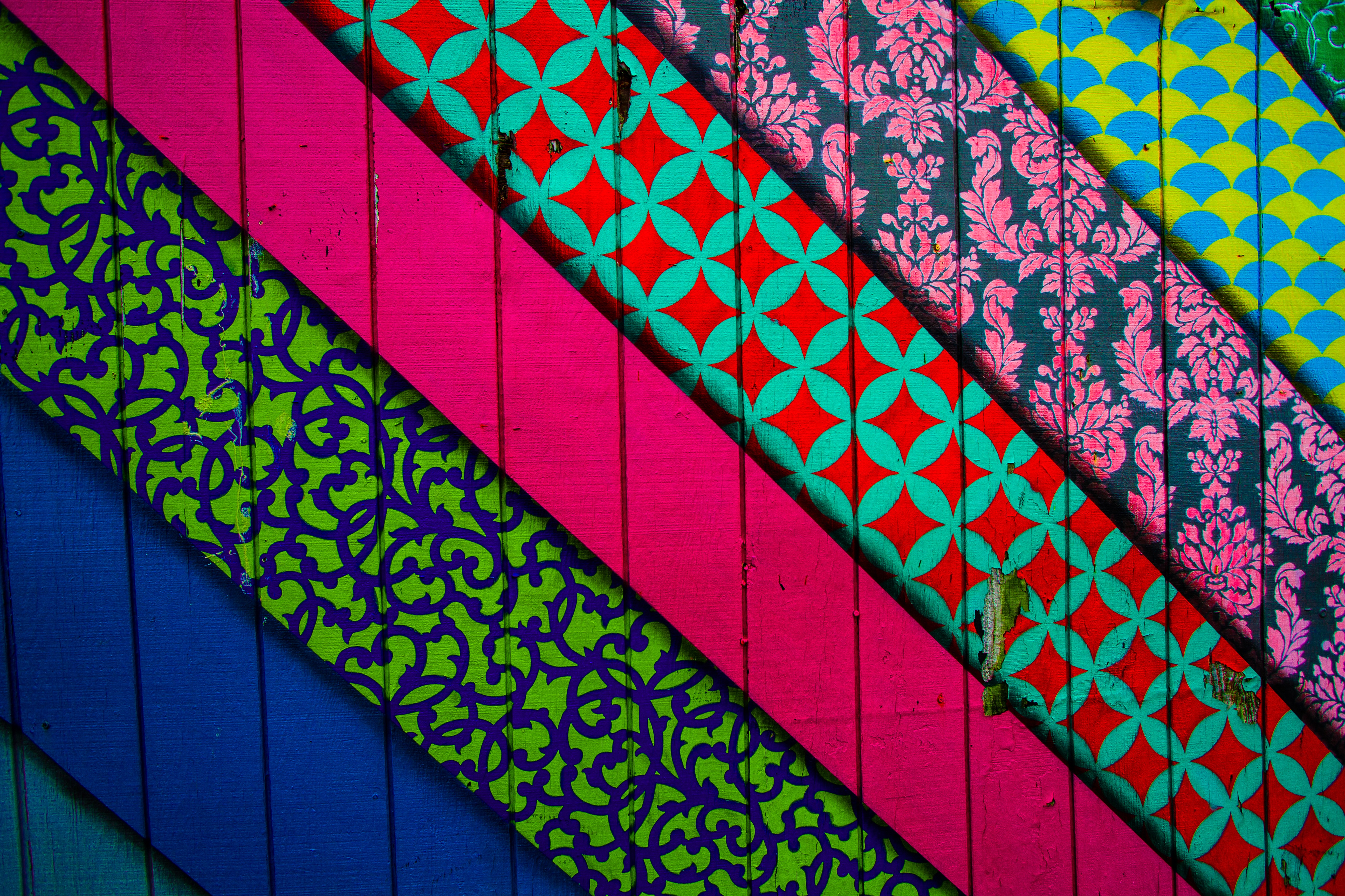 131498 download wallpaper Wall, Patterns, Multicolored, Motley, Texture, Lines, Textures, Colorful, Colourful screensavers and pictures for free