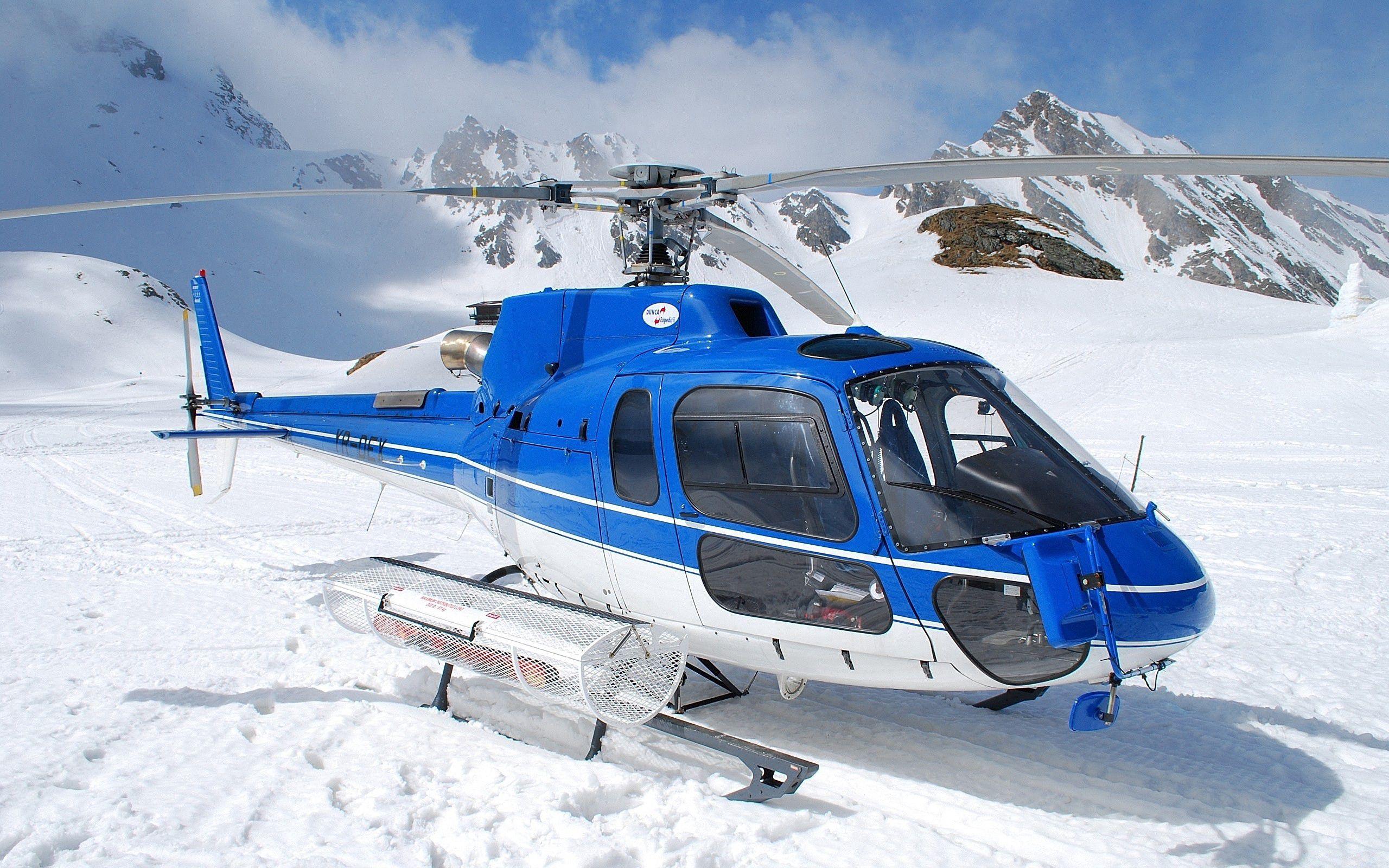 140549 Hintergrundbild herunterladen Sky, Mountains, Schnee, Hubschrauber, Verschiedenes, Sonstige - Bildschirmschoner und Bilder kostenlos