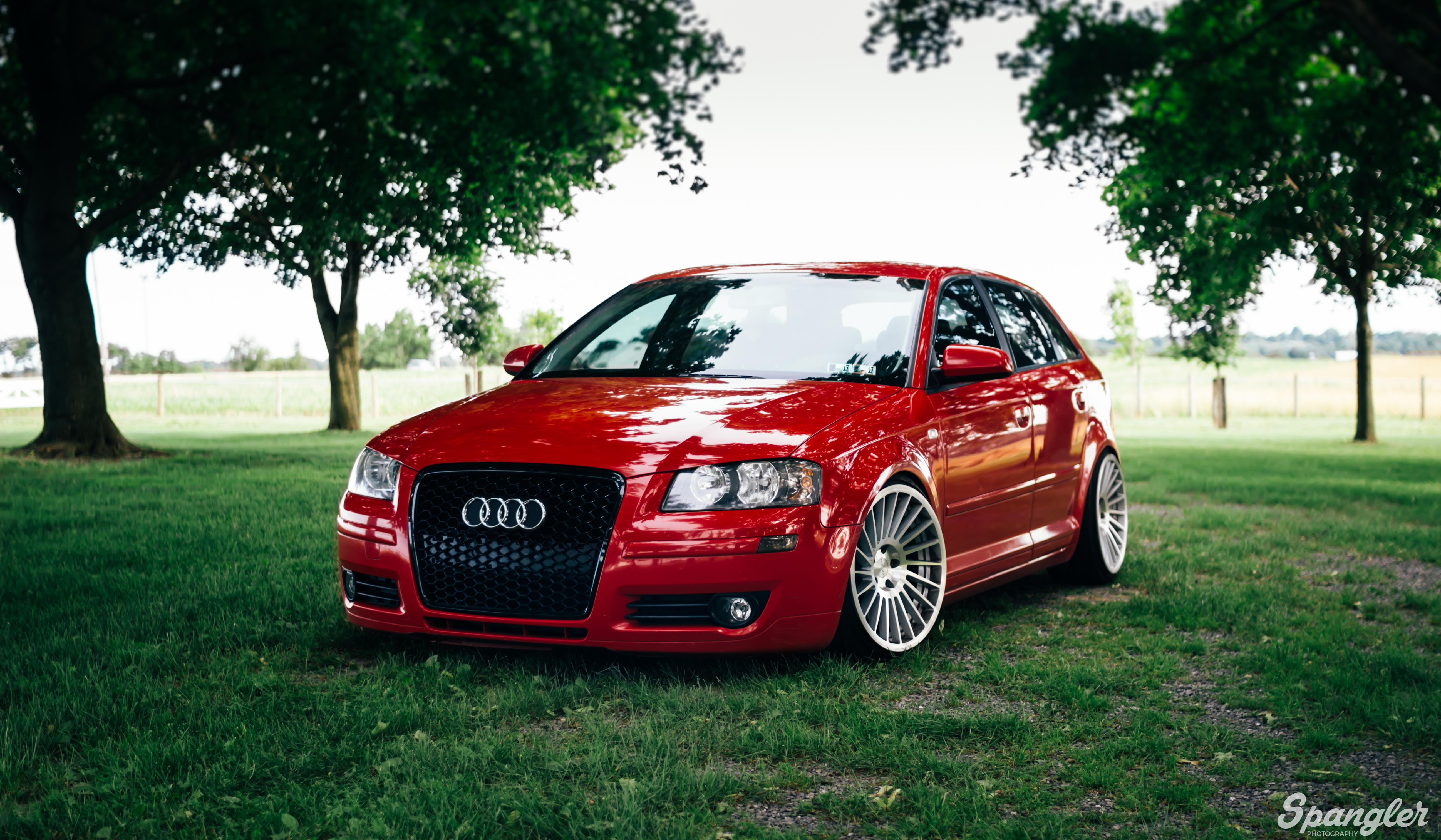 142923 скачать обои Тачки (Cars), Audi A3, Красный, Вид Спереди, Машины, Трава - заставки и картинки бесплатно