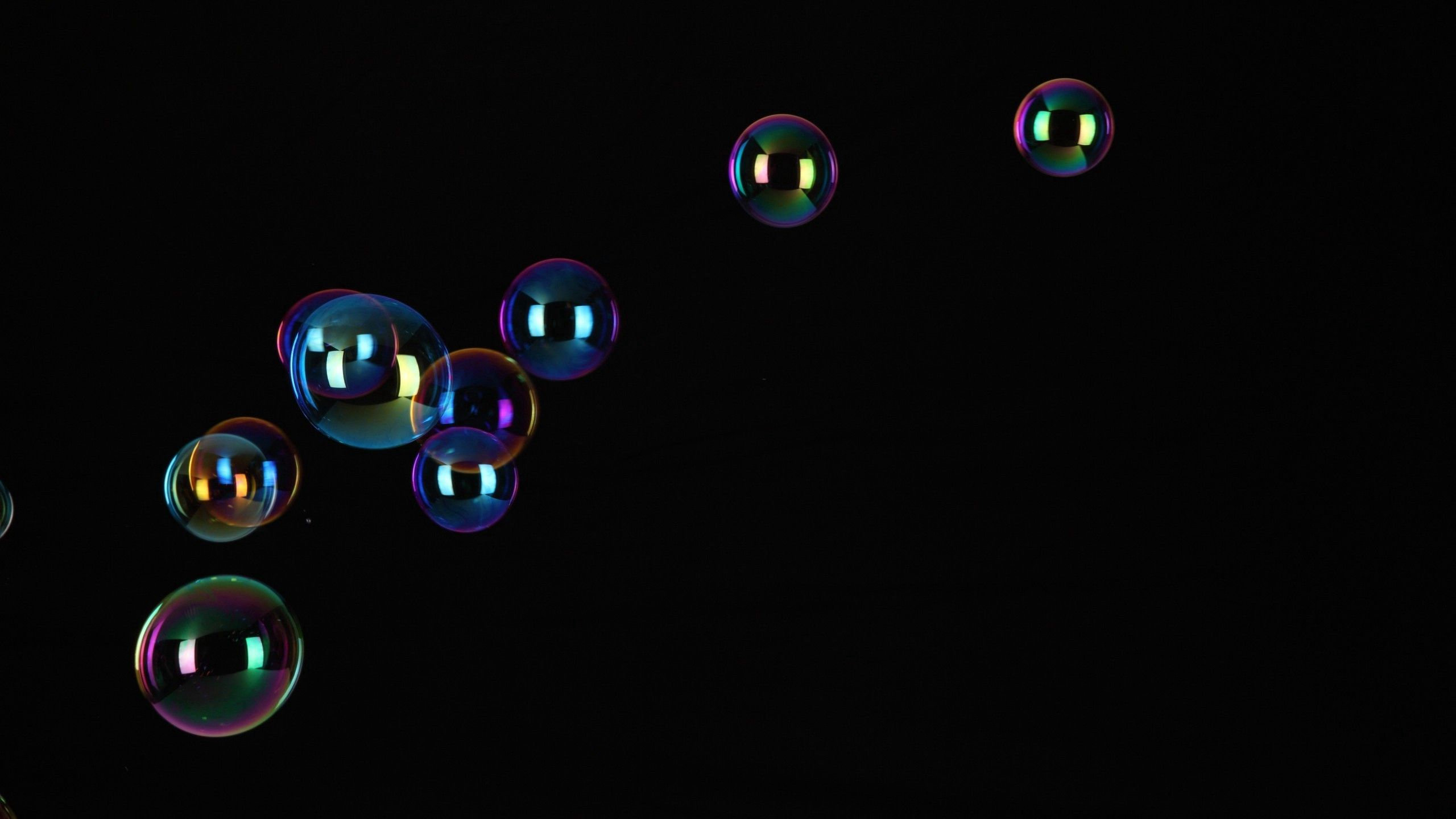 142574 Screensavers and Wallpapers Flight for phone. Download Bubbles, Dark, Flight, Bubble pictures for free