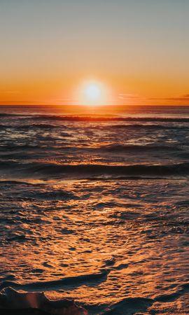 153810 скачать обои Природа, Море, Закат, Сумерки, Волны, Пейзаж - заставки и картинки бесплатно